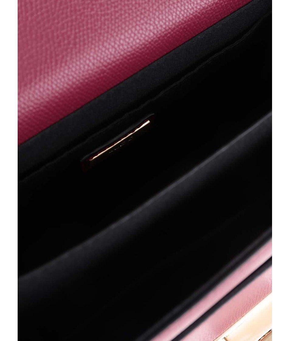Vínová menší crossbody kabelka s detaily ve zlaté barvě ALDO Astirwen