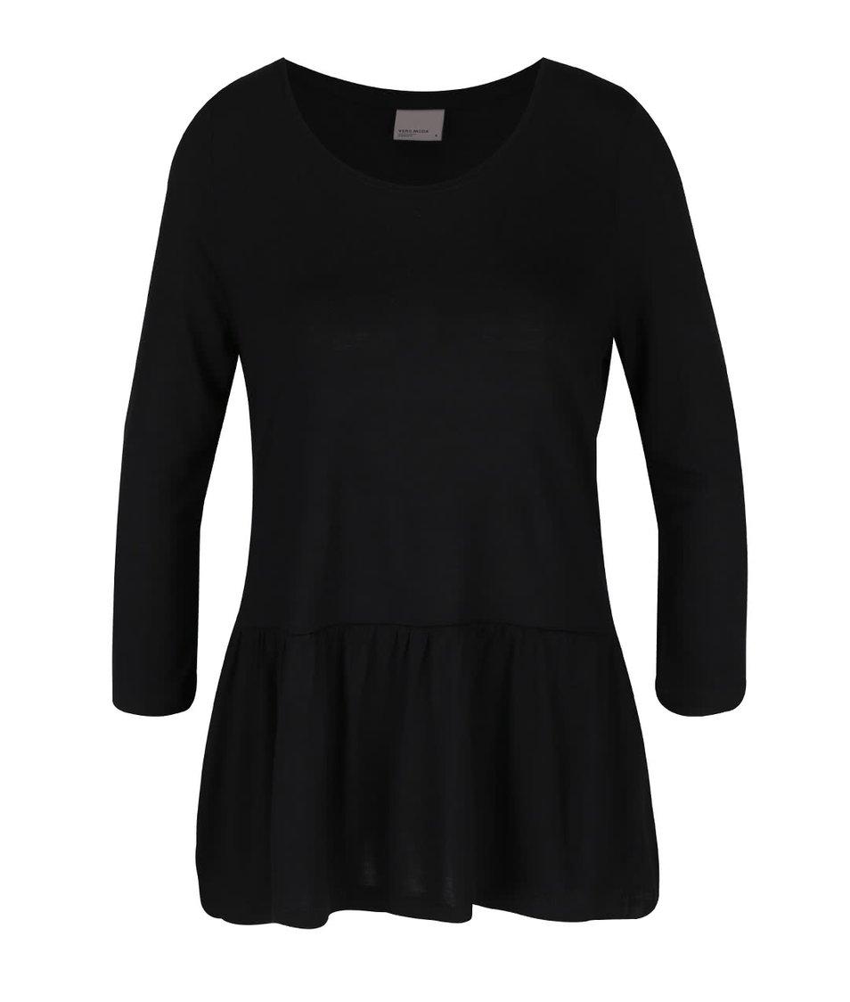 Černé volnější tričko s volánem Vero Moda Nula