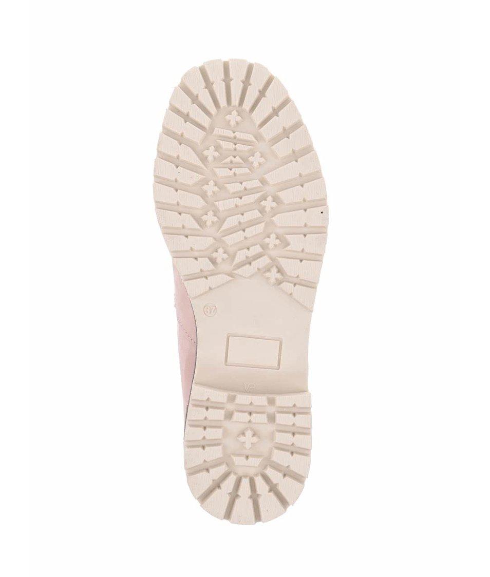 Světle růžové kožené kotníkové boty s umělým kožíškem Tamaris