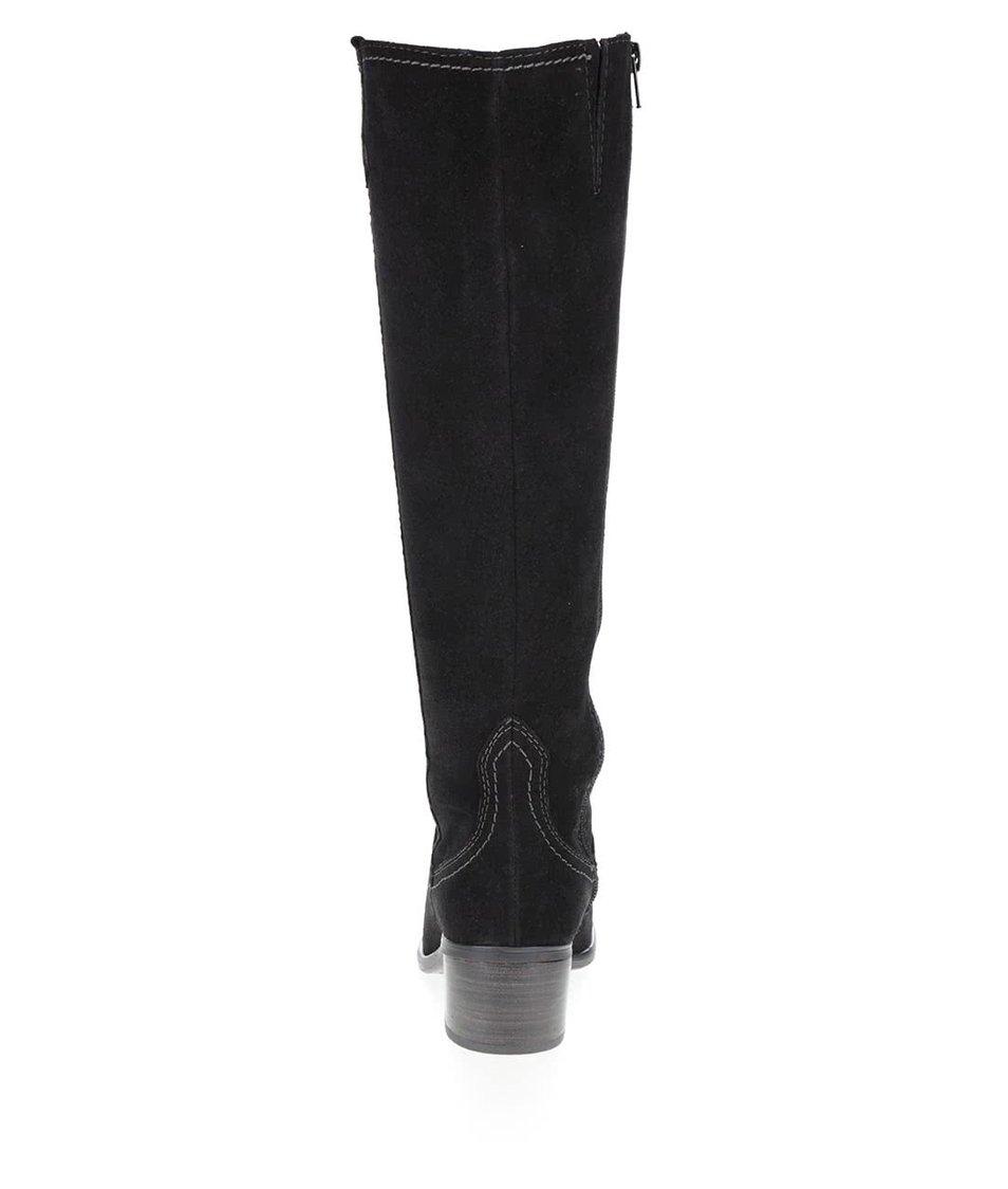 Černé kožené kozačky v semišové úpravě na nízkém podpatku Tamaris