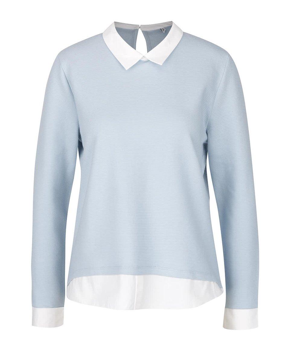 Světle modrý top s všitými košilovými lemy ONLY Carmen