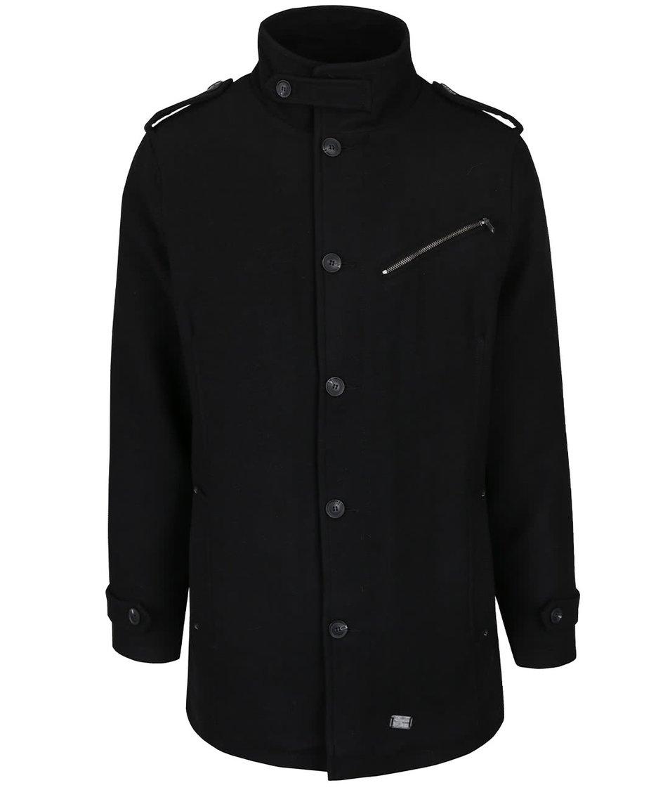 Černý kabát s vysokým límcem Blend