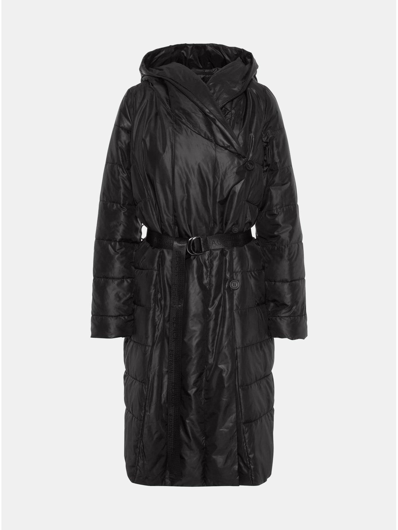 Černý zimní prošívaný kabát s páskem VERO MODA 13266c9f11