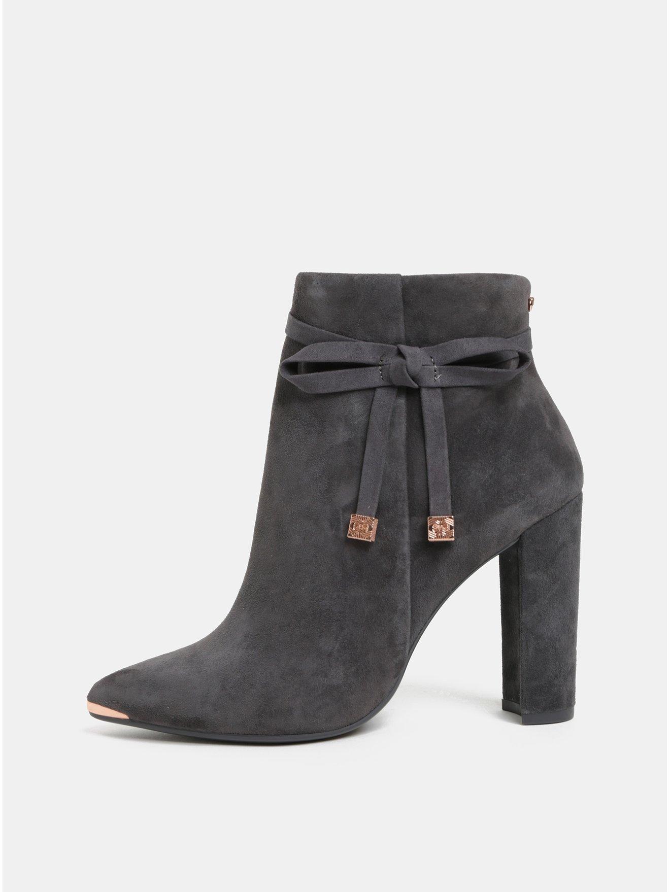 Šedé dámské semišové kotníkové boty na podpatku Ted Baker Qatena