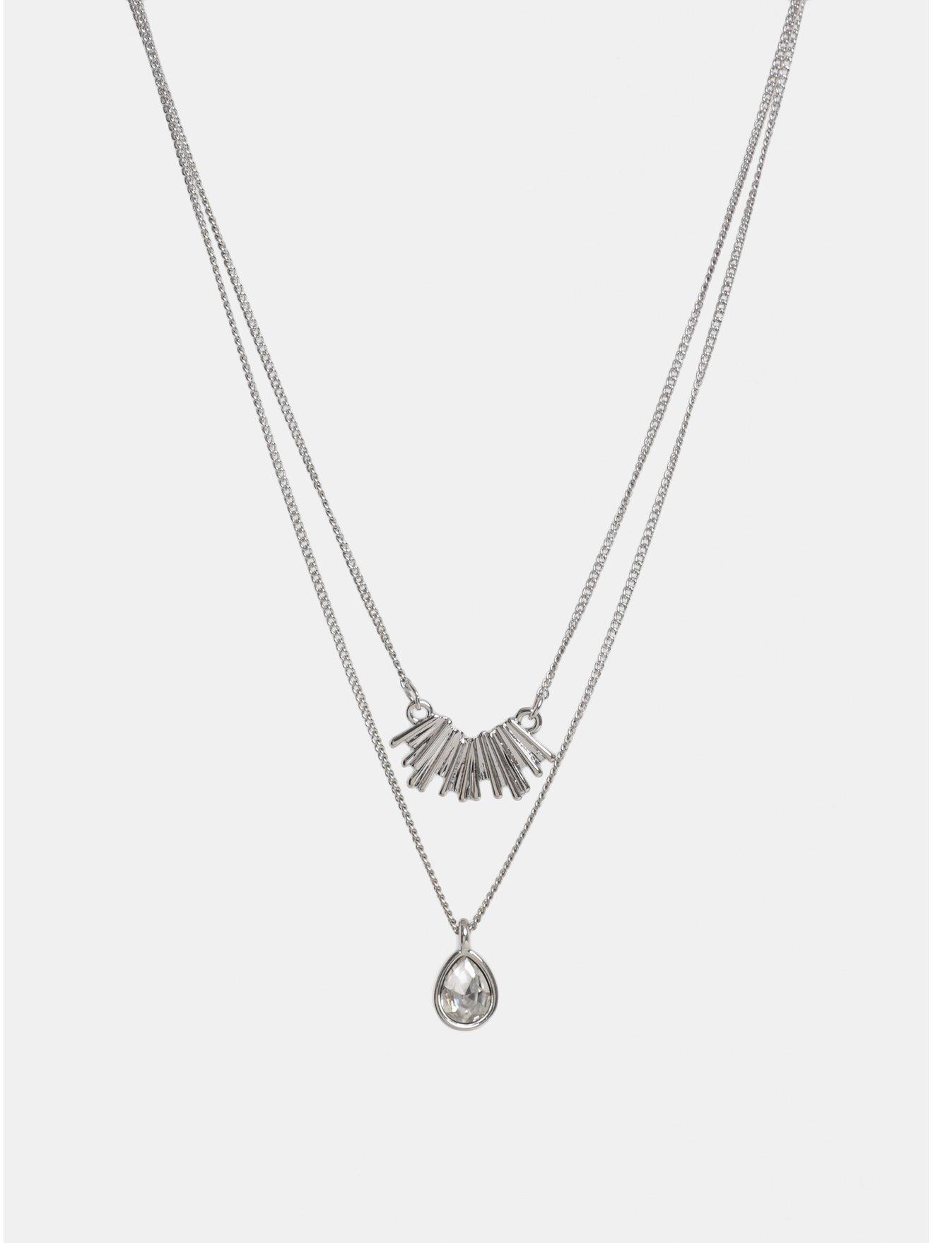 Náhrdelník ve stříbrné barvě s přívěšky a kamínkem Pieces Kornelia
