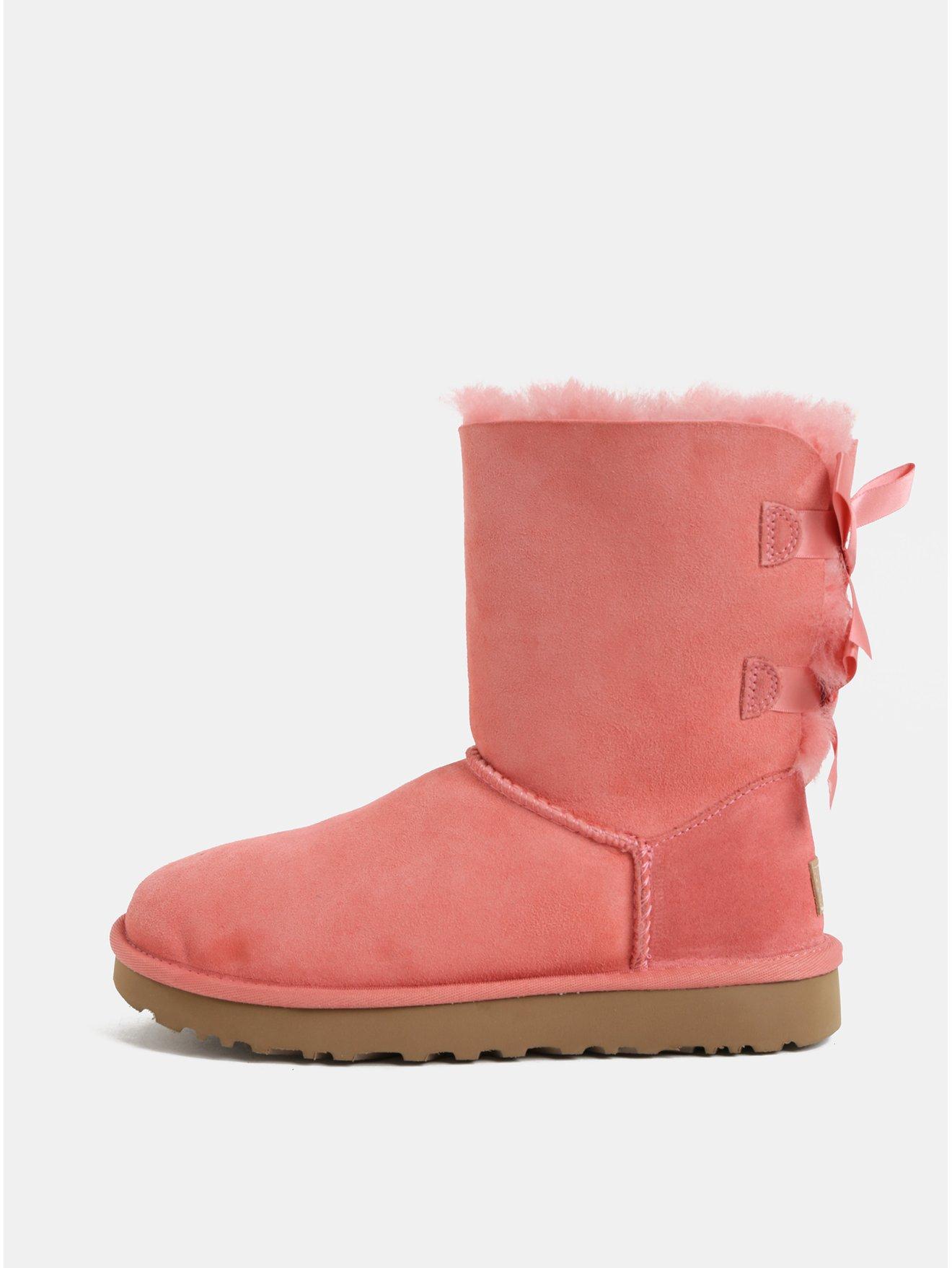 Růžové semišové zimní boty s vnitřním kožíškěm UGG Bailey Bow