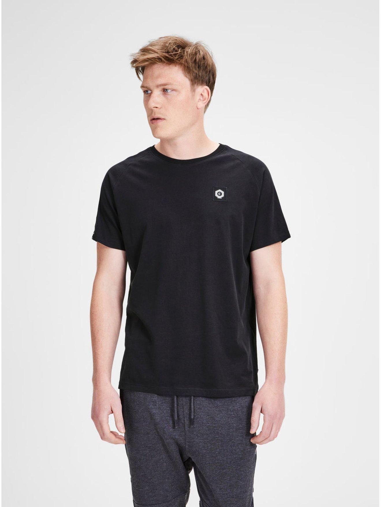 Černé tričko s nášivkou a lemem Jack & Jones Kenny