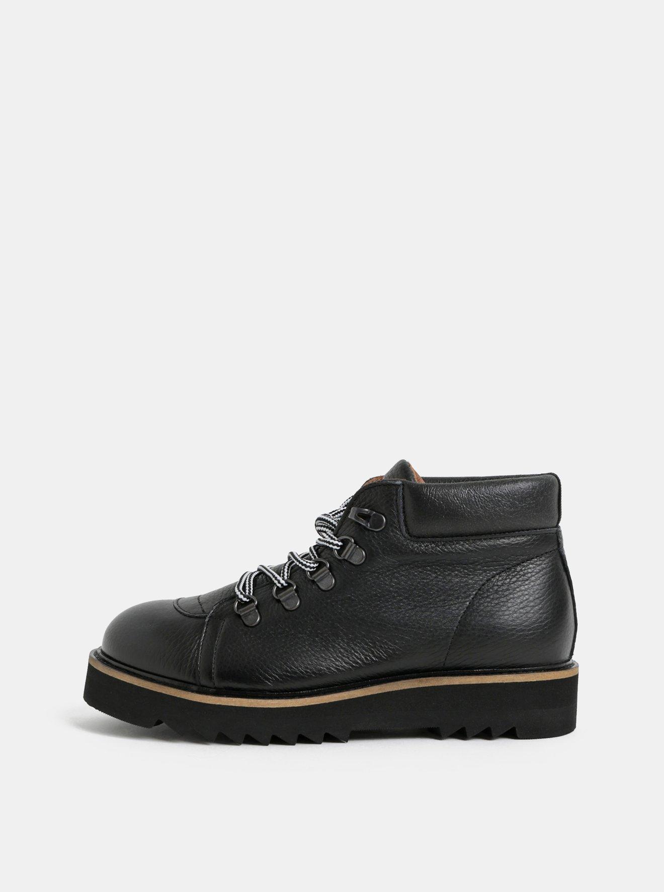 Černé kožené kotníkové boty Selected Femme Mira