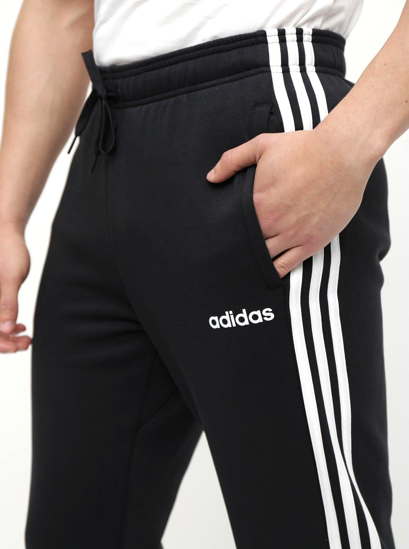 Černé pánské tepláky adidas CORE