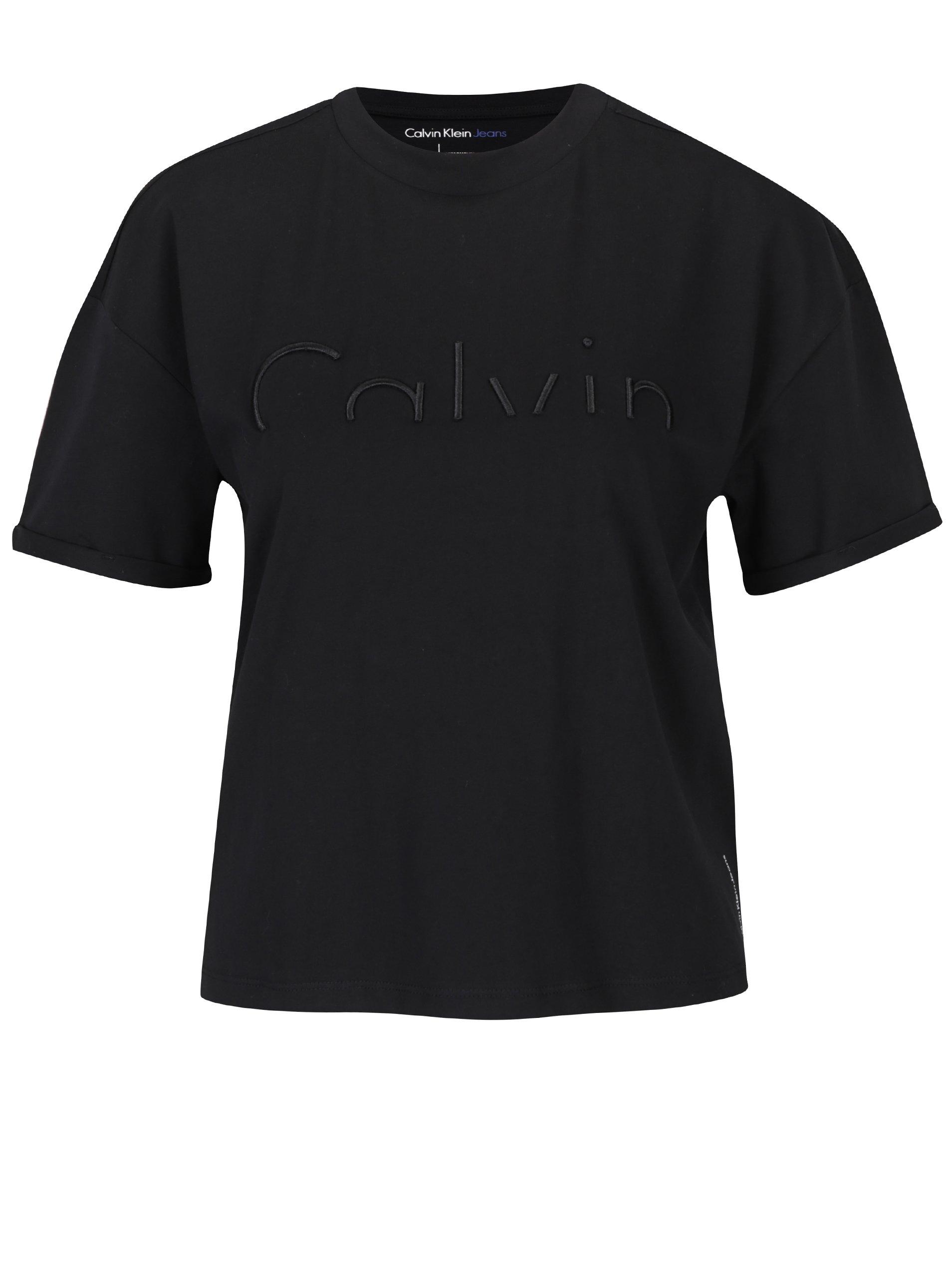 Černý crop top s plastickou výšivkou Calvin Klein Jeans Teco