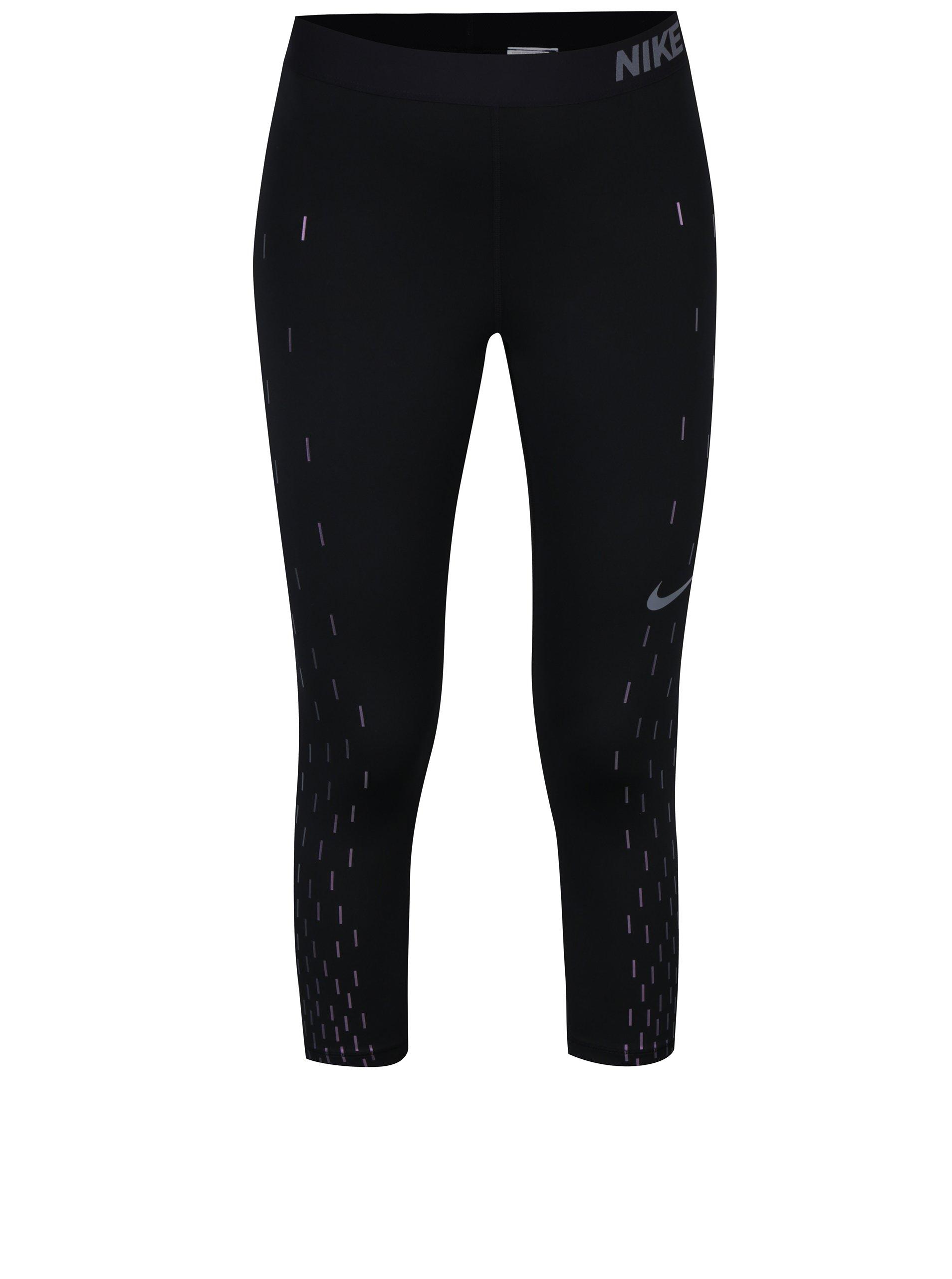 Černé dámské funkční 3/4 legíny s potiskem Nike