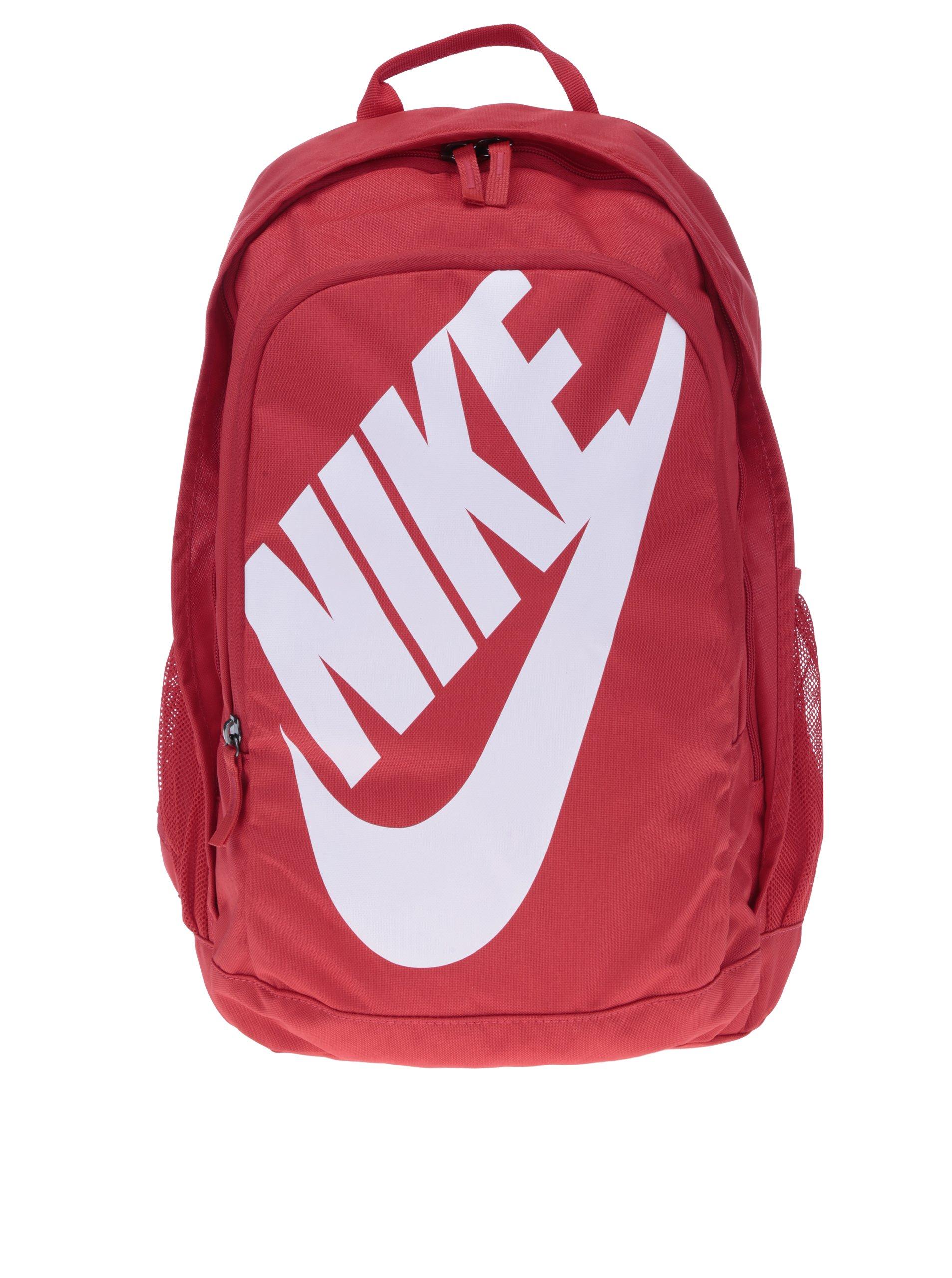 Červený batoh s logem Nike Hayward