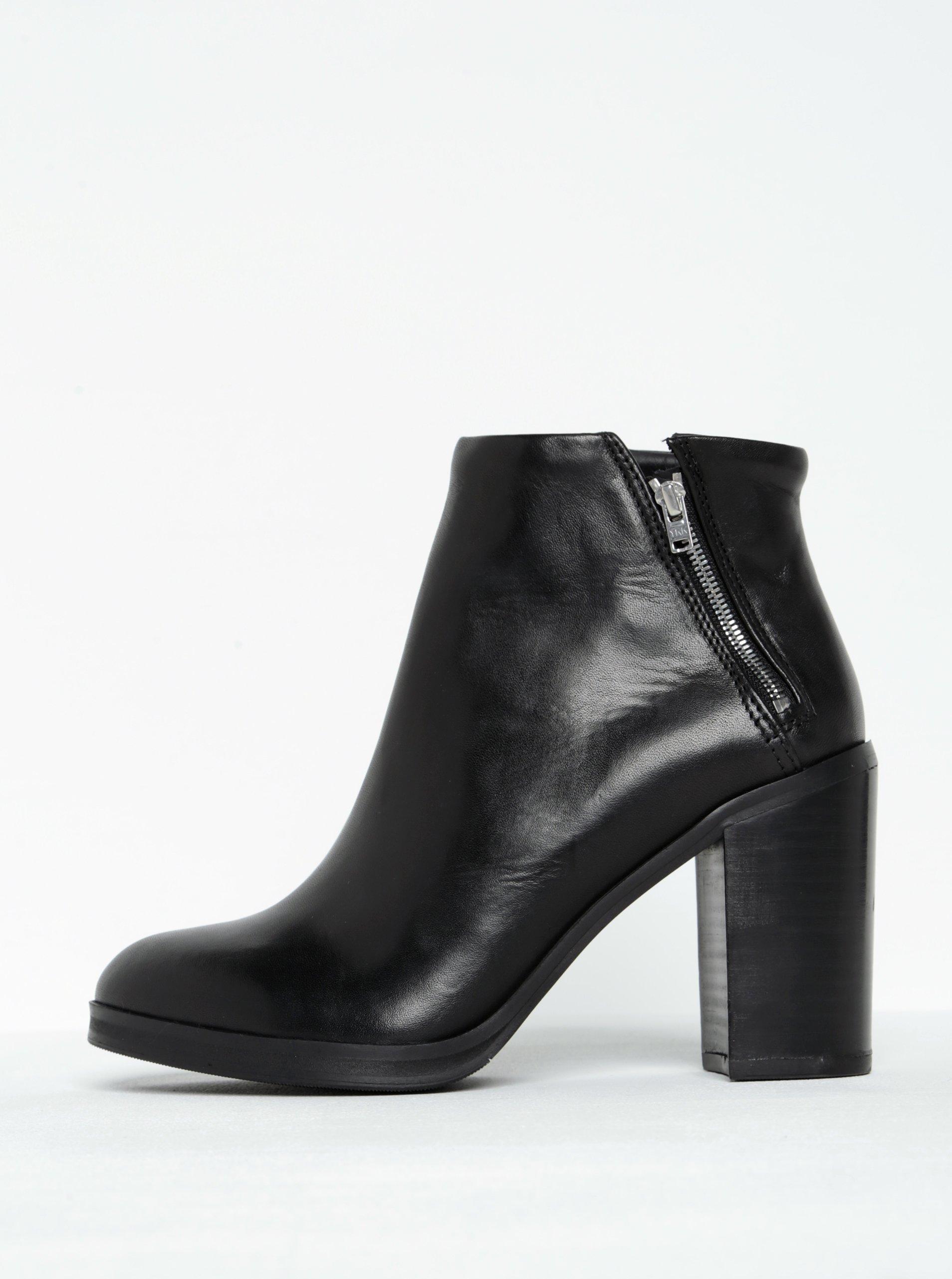 Černé dámské kožené kotníkové boty na podpatku Royal RepubliQ