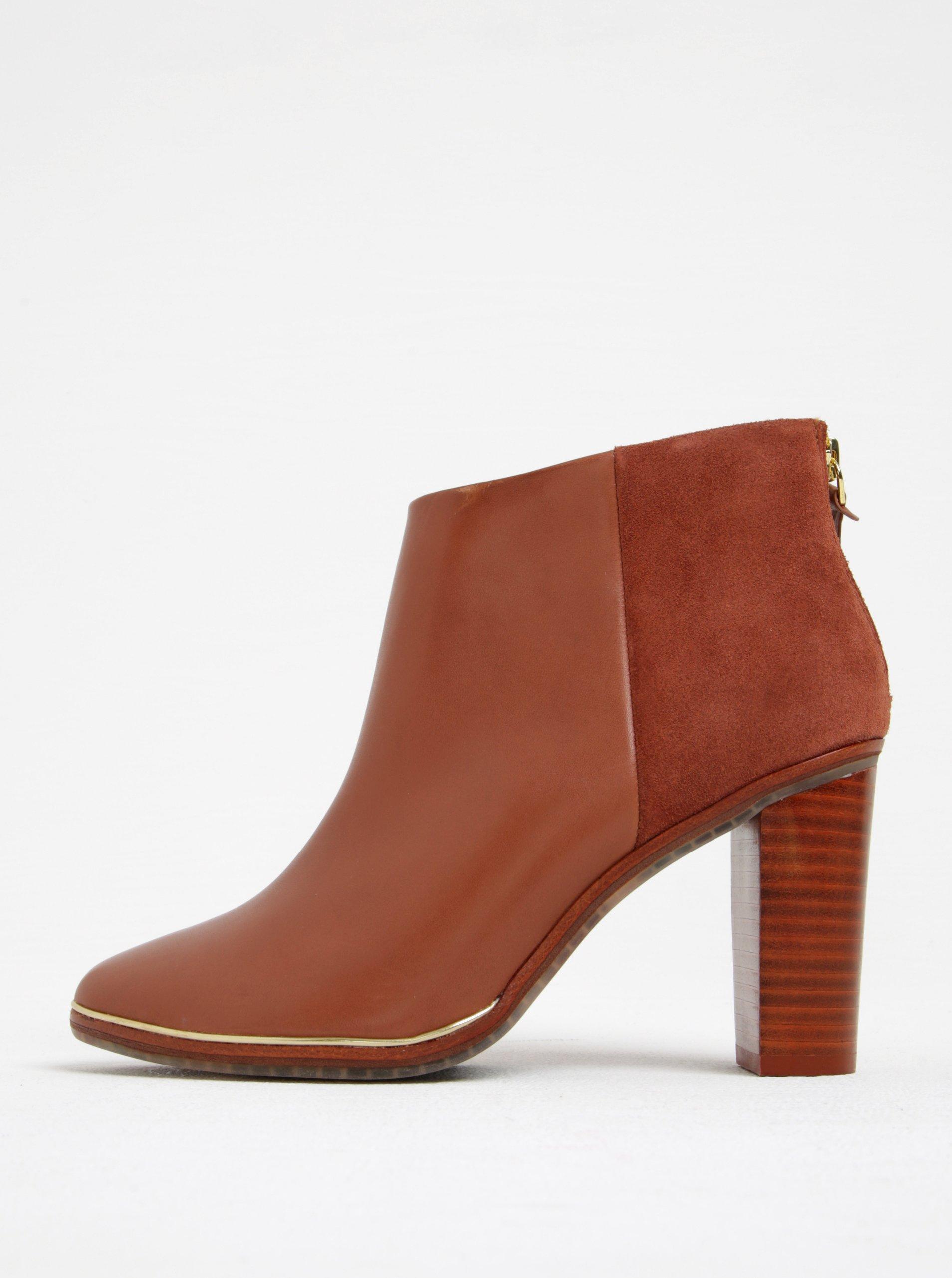 Hnedé kožené členkové topánky na podpätku Ted Baker Azaila