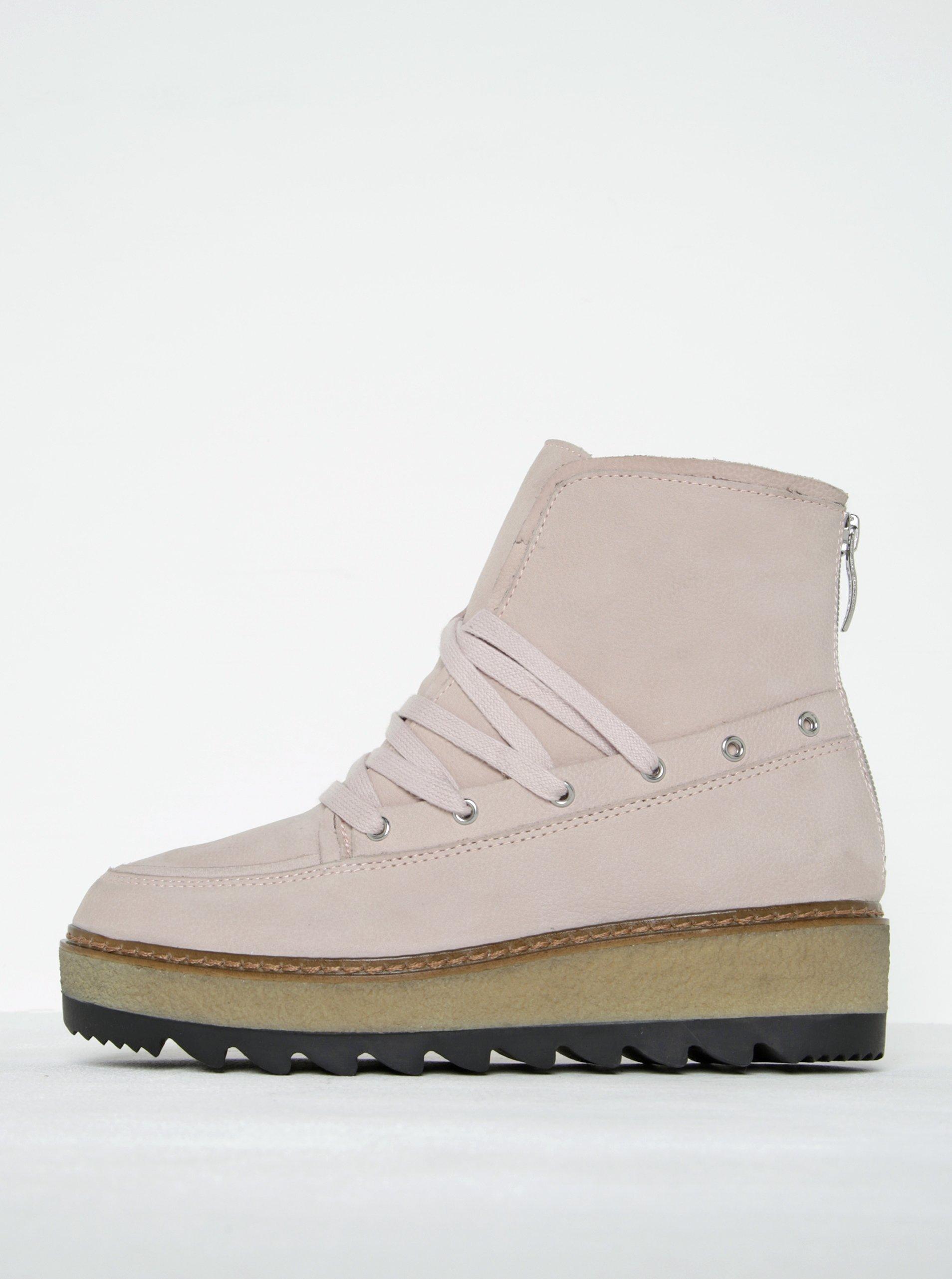 Světle růžové kožené kotníkové boty na platformě Tamaris