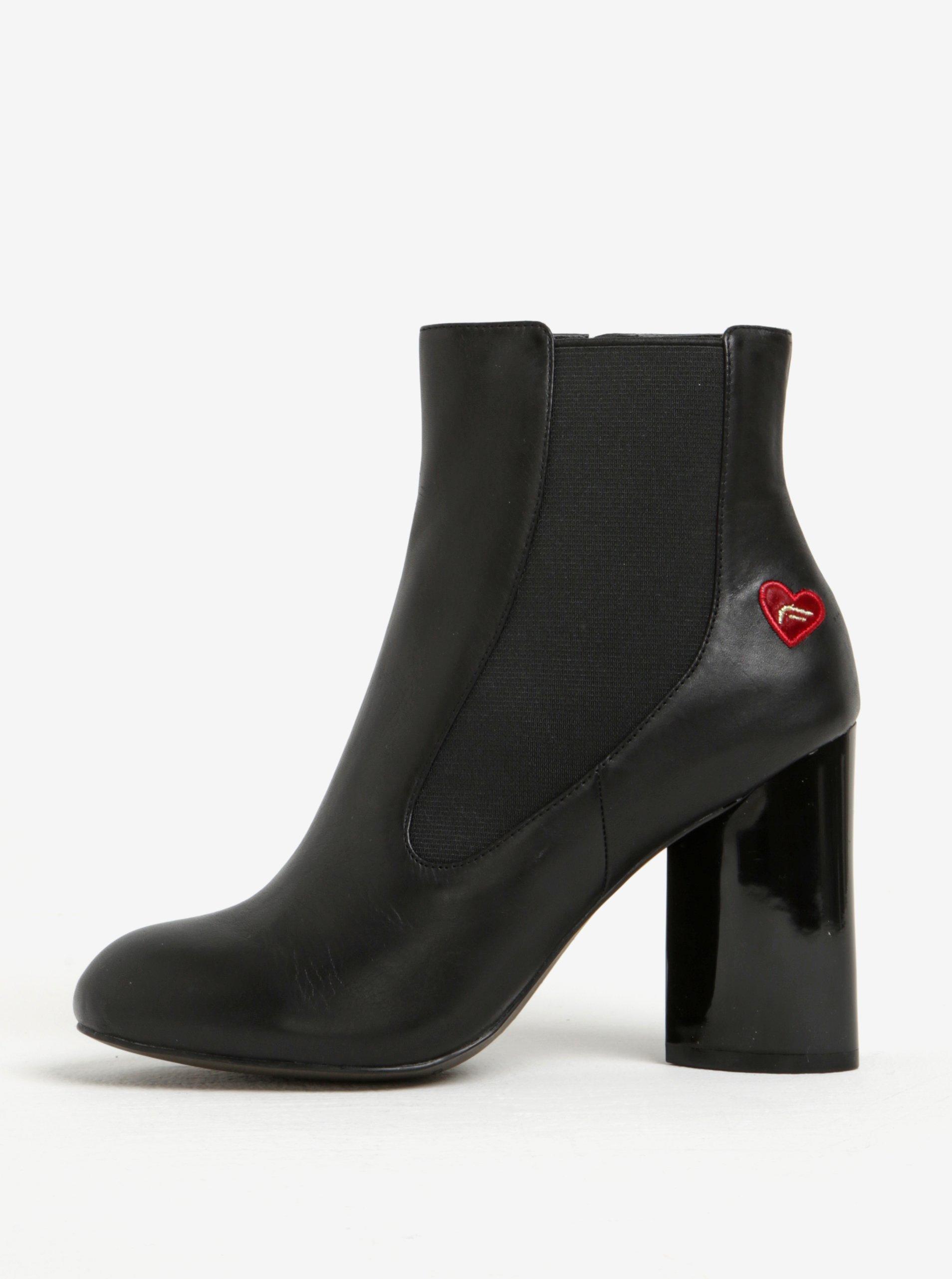 Černé kožené chelsea boty na vysokém podpatku Fornarina Vic