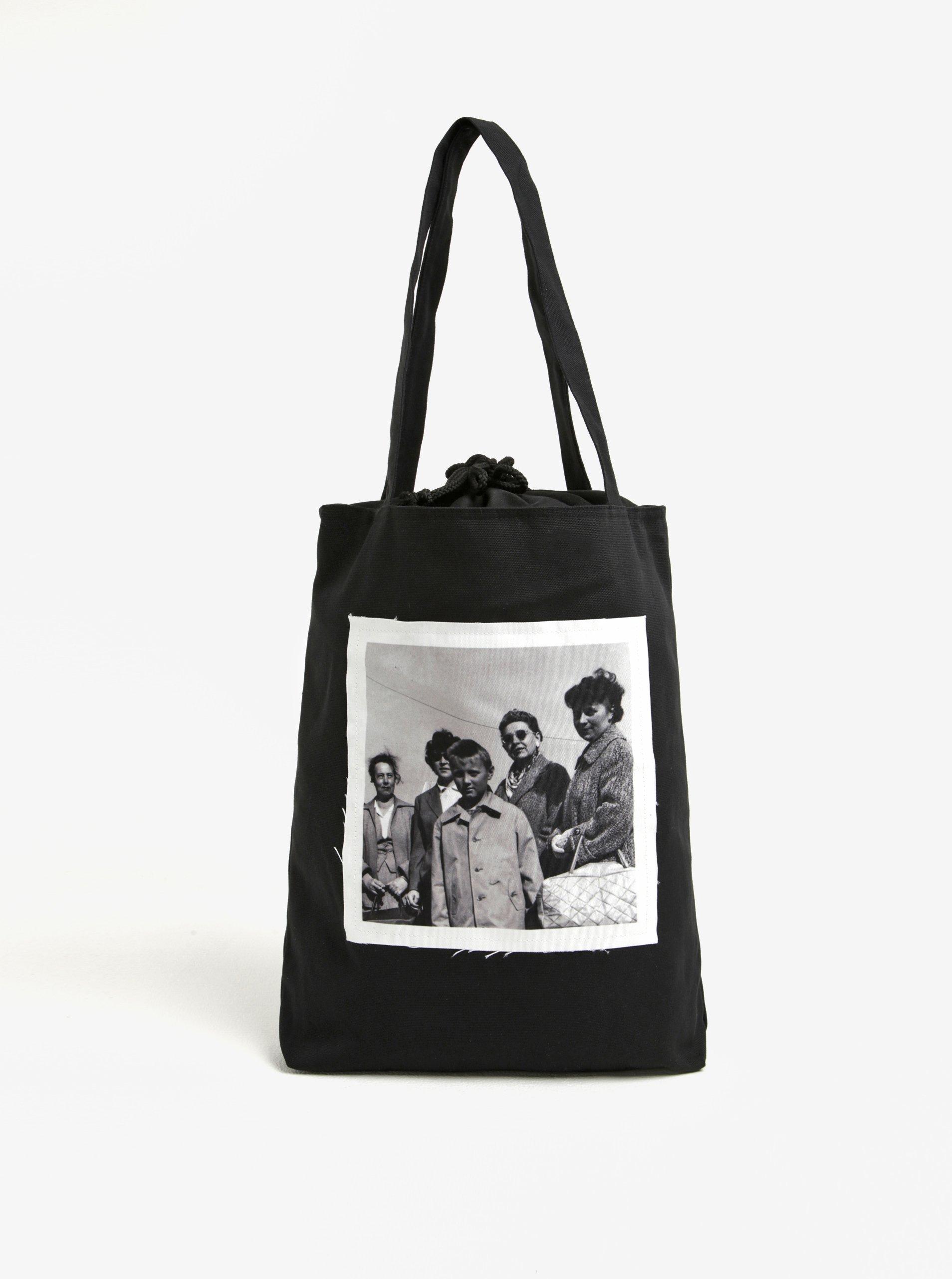 Černá plátěná taška s nášivkou retro lidí La femme MiMi Teta Věra no.4