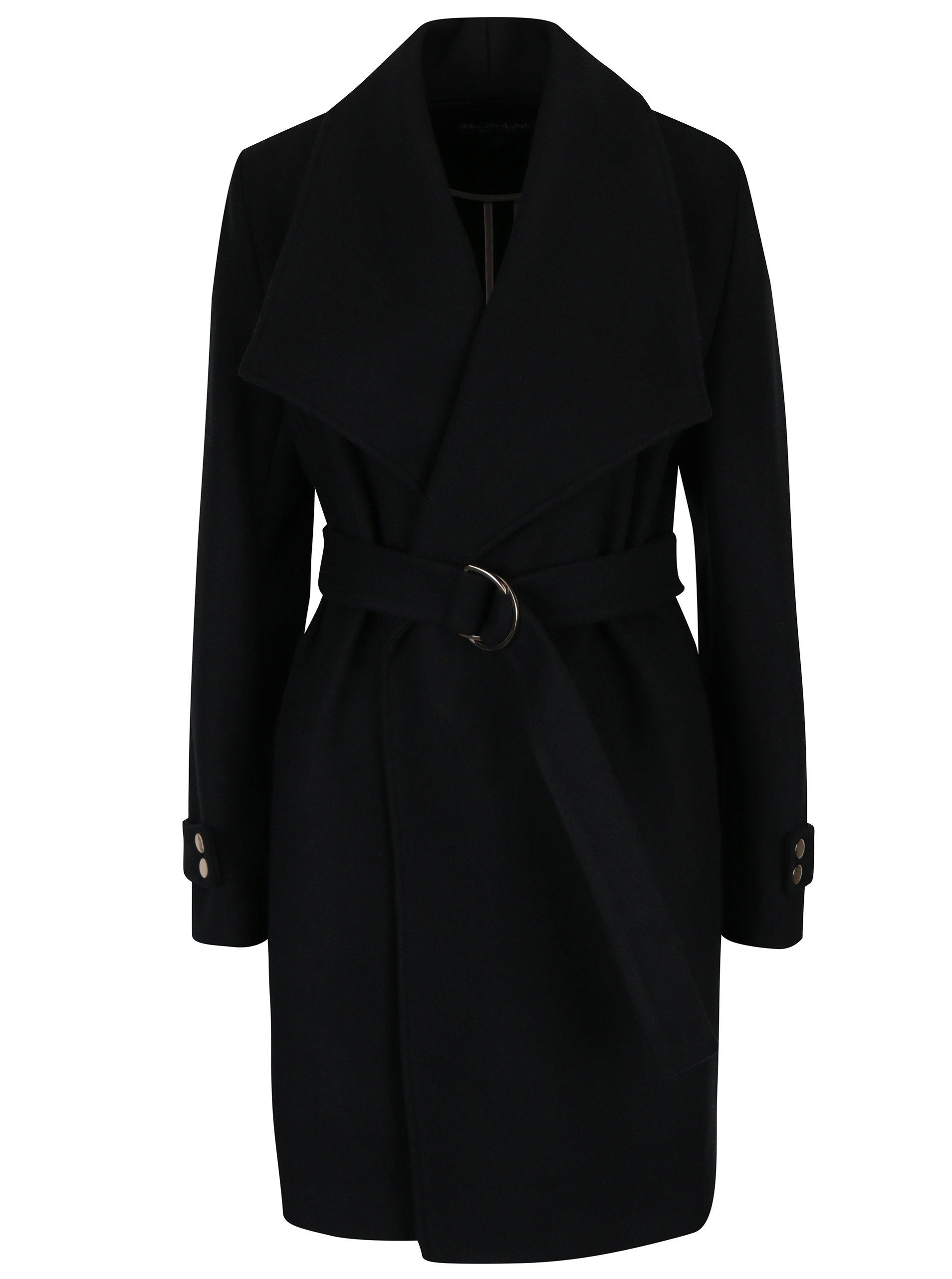 Černý kabát s páskem Miss Selfridge