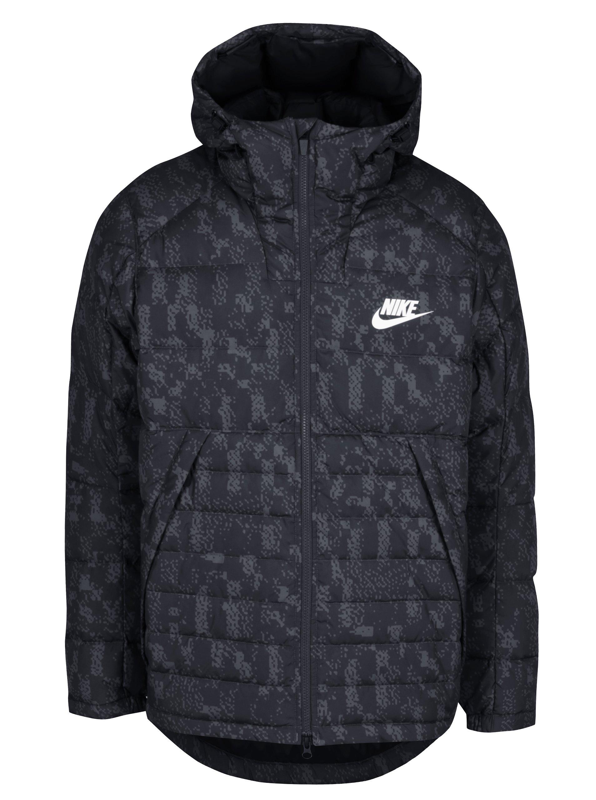 Černá pánská vzorovaná zimní péřová prošívaná bunda Nike