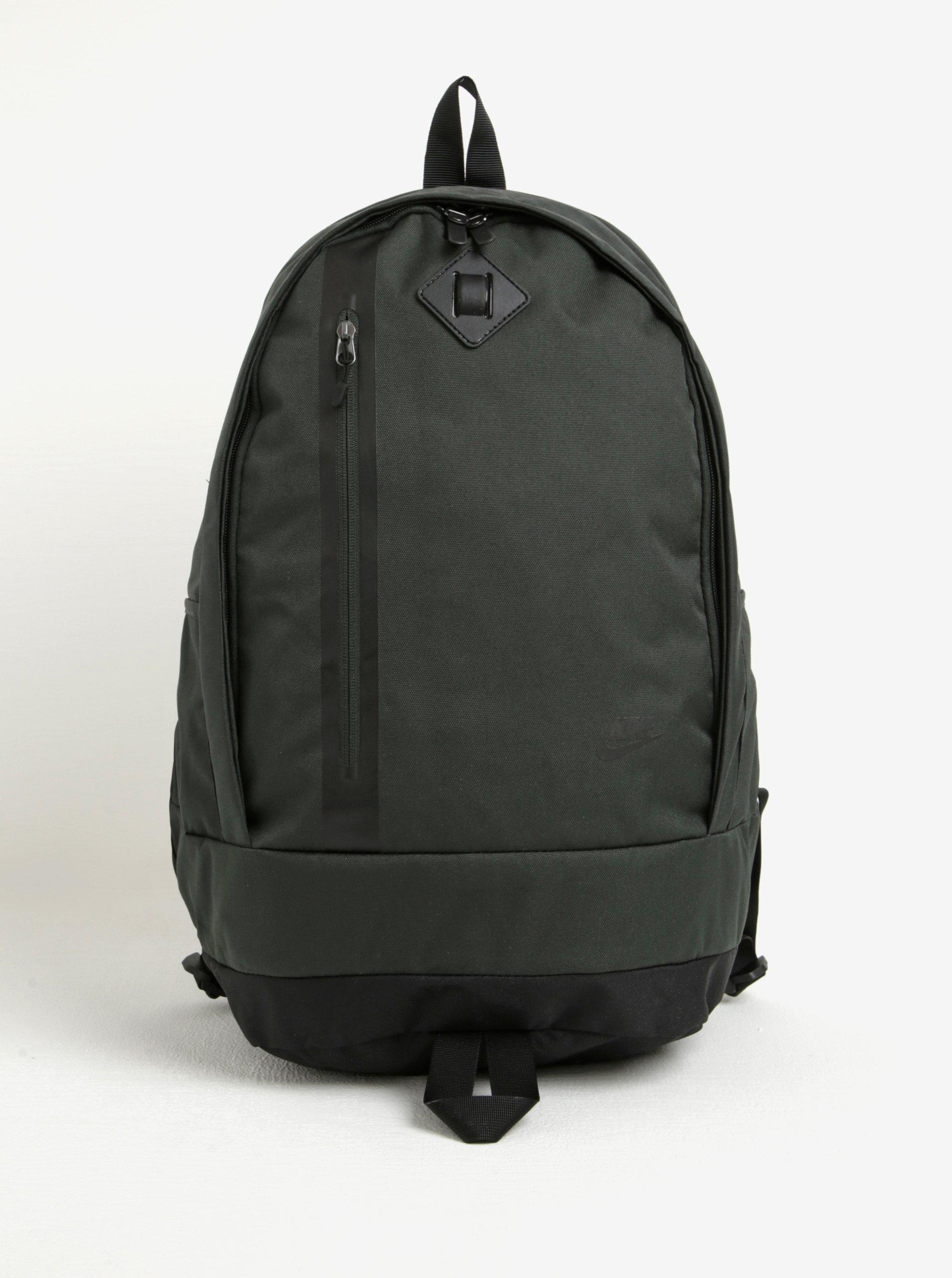 Tmavě zelený batoh Nike Cheyenne 27 l