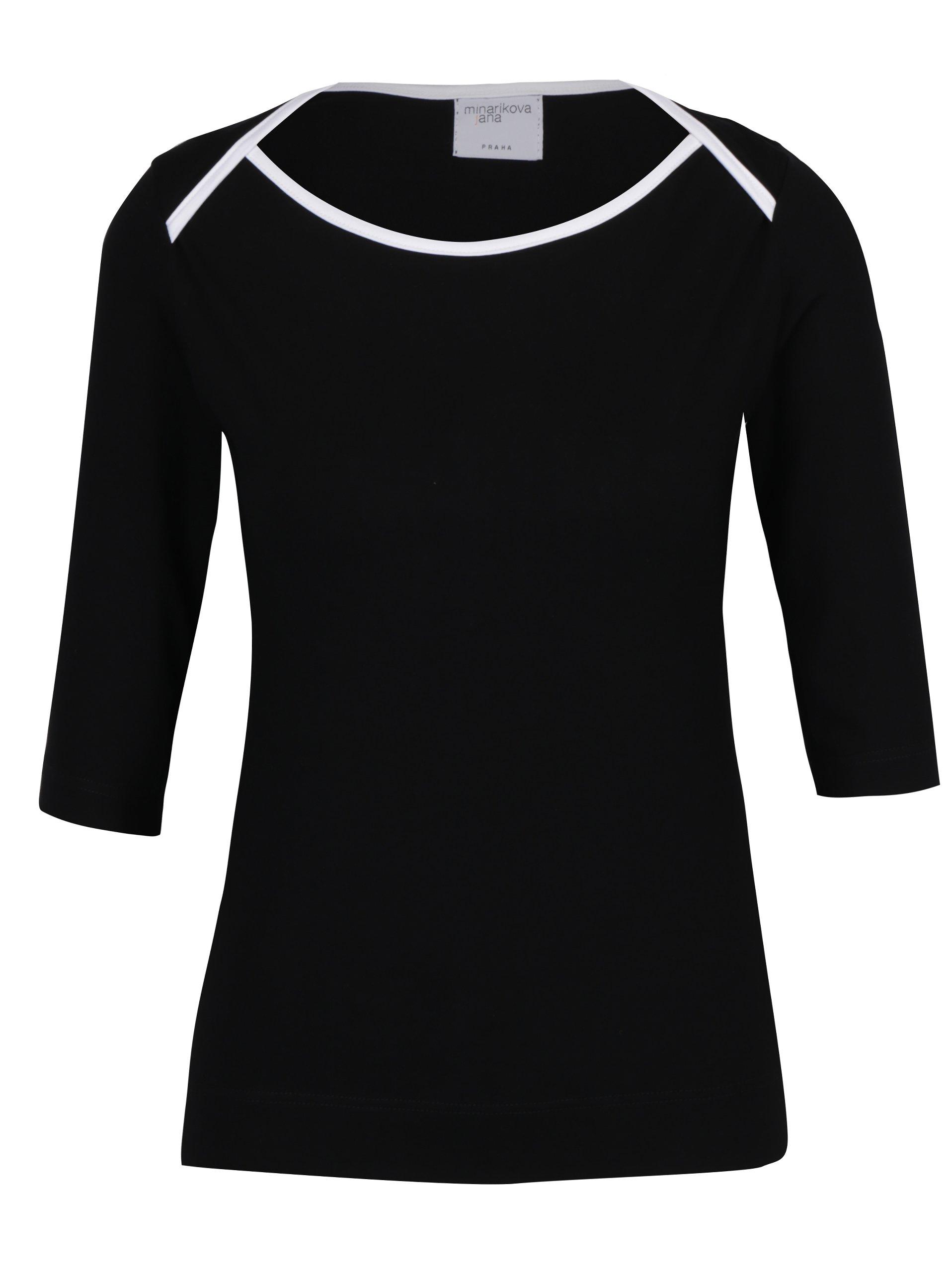Černé tričko s lodičkovým výstřihem Jana Minaříková