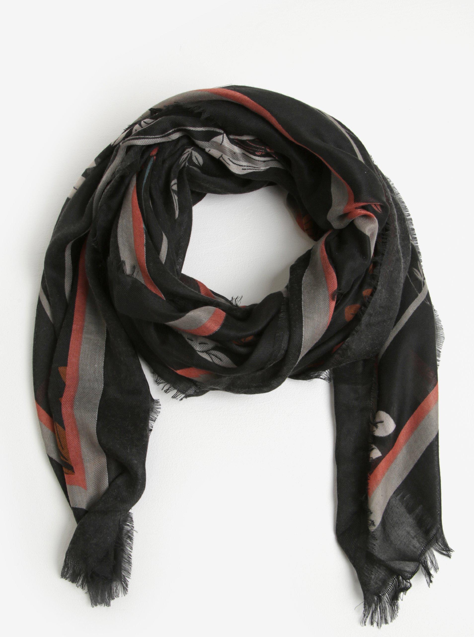 Černý květovaný šátek Pieces Amelia