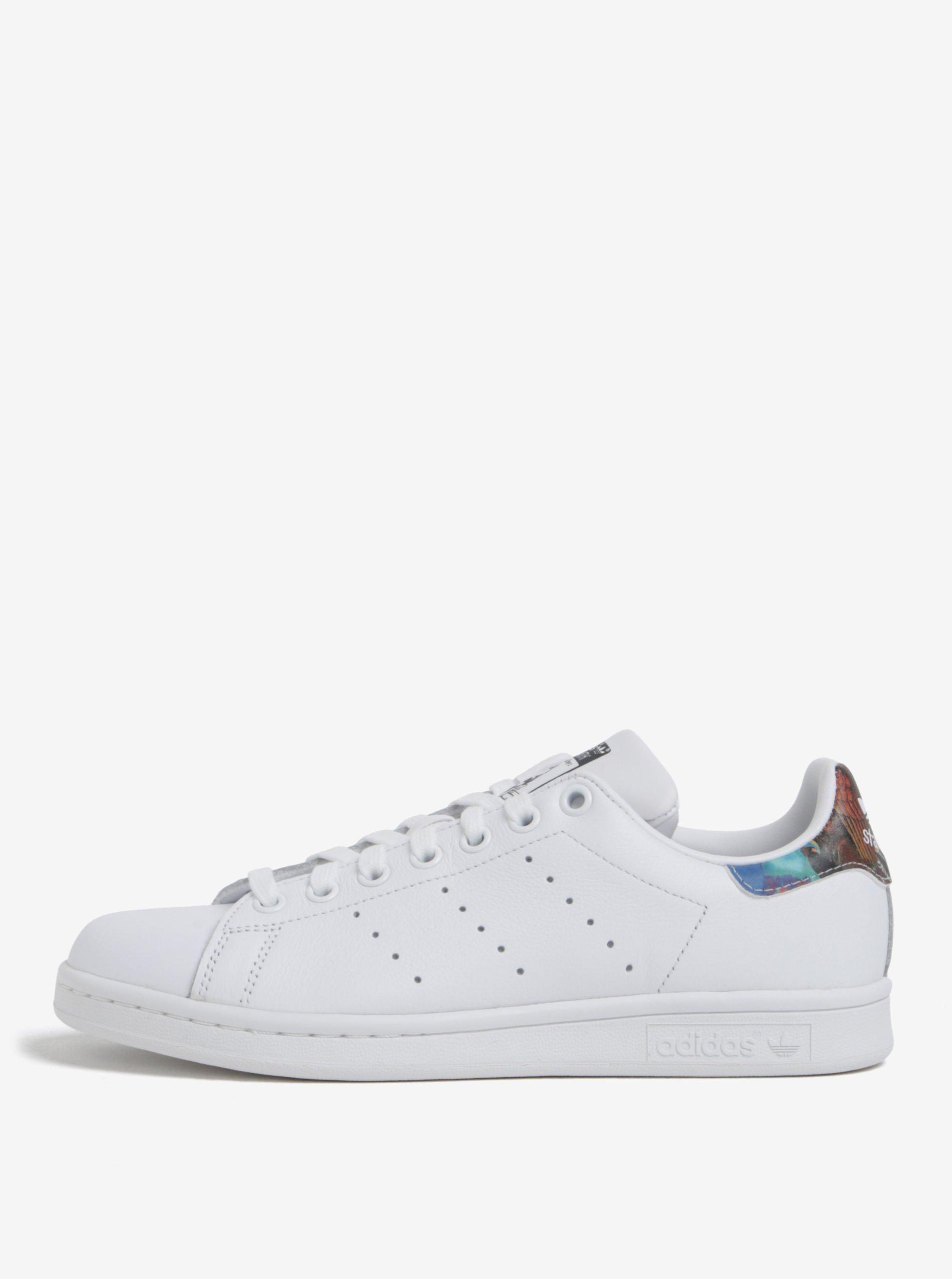 Bílé dámské tenisky s barevným detailem adidas Originals Stan Smith