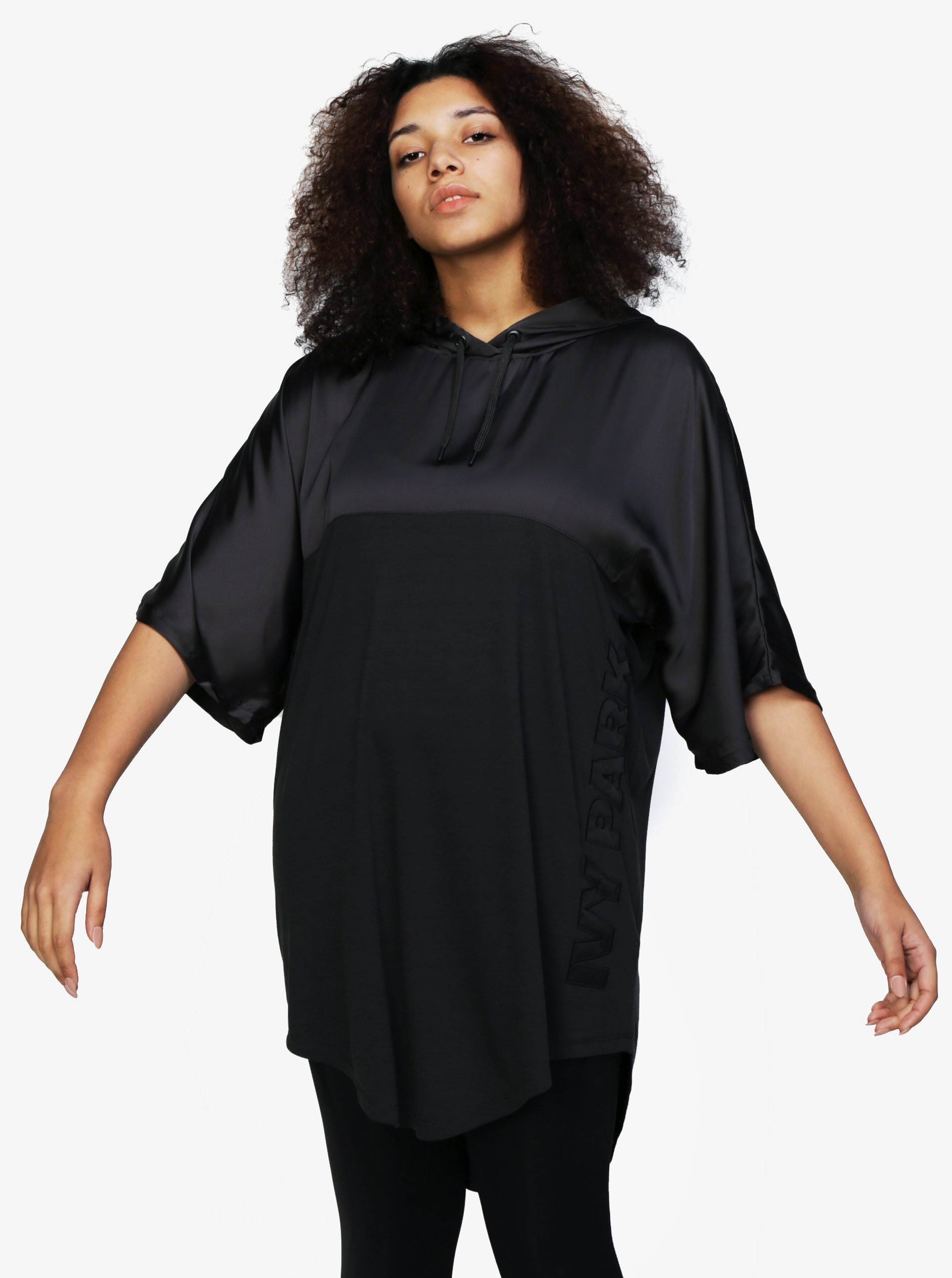 Černé dlouhé oversize tričko s kapucí Ivy Park