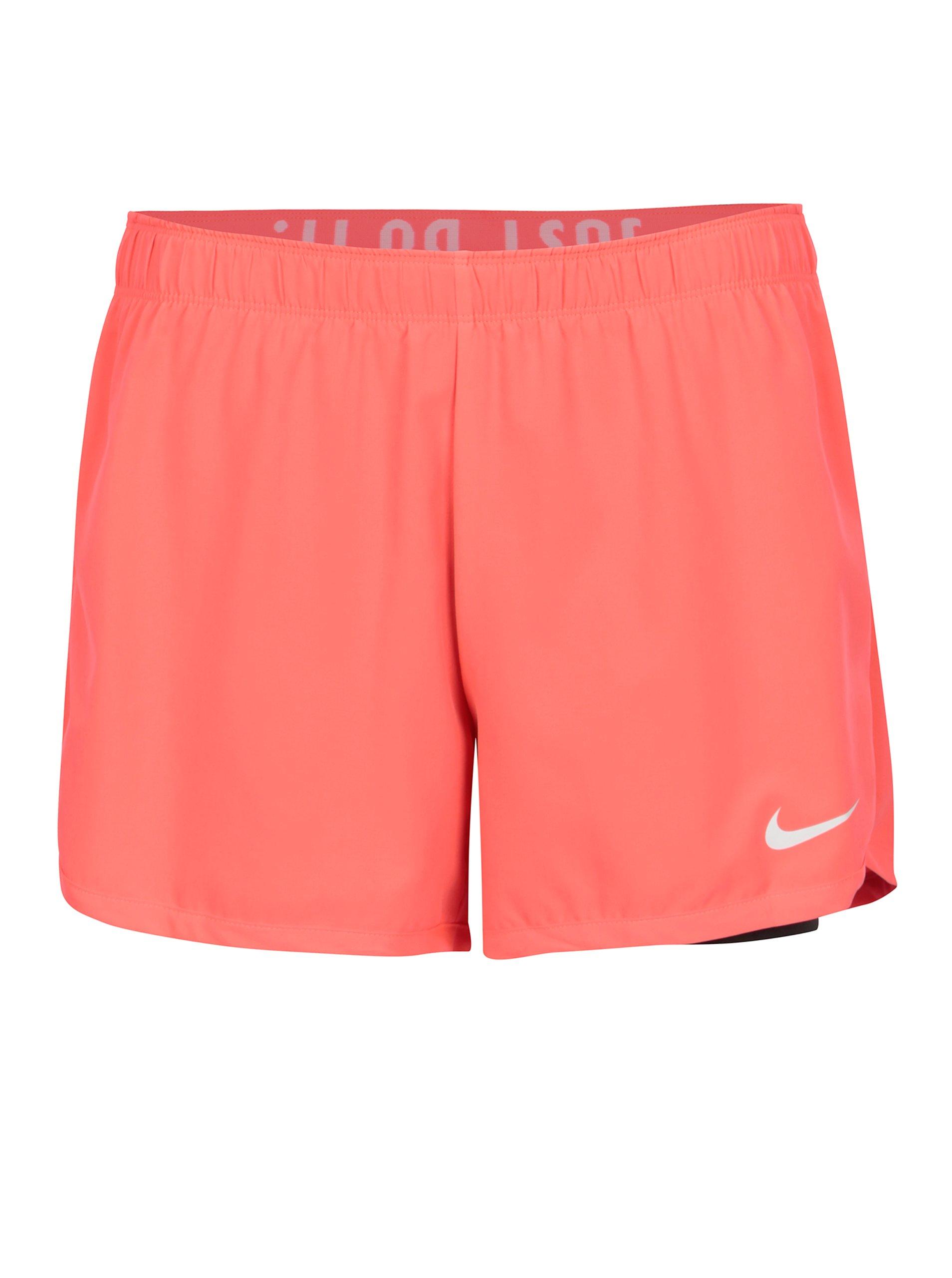 Černo-růžové kraťasy Nike