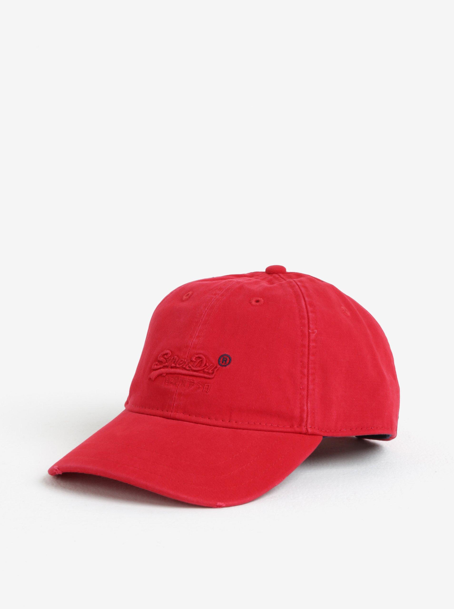 Červená pánska šiltovka s výšivkou Superdry 5f001eedffe