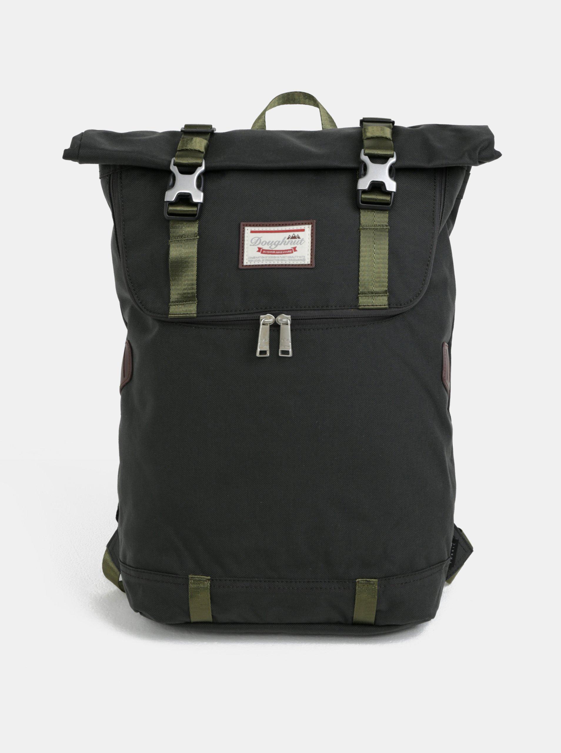 cb02df4ae8 Tmavozelený batoh s koženými detailmi Doughnut Christopher