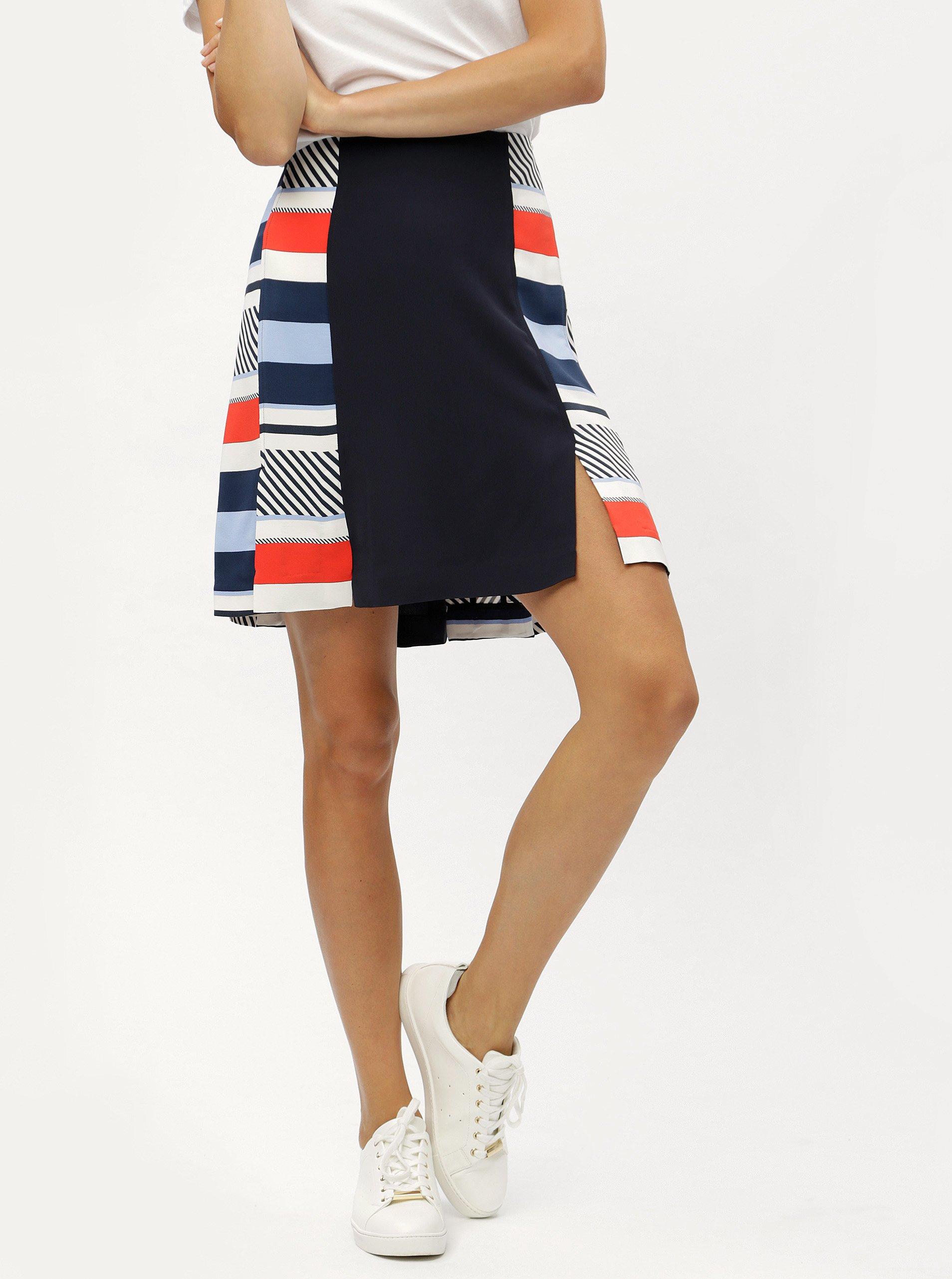 d054e9149c Tmavomodrá vzorovaná áčková sukňa Tommy Hilfiger