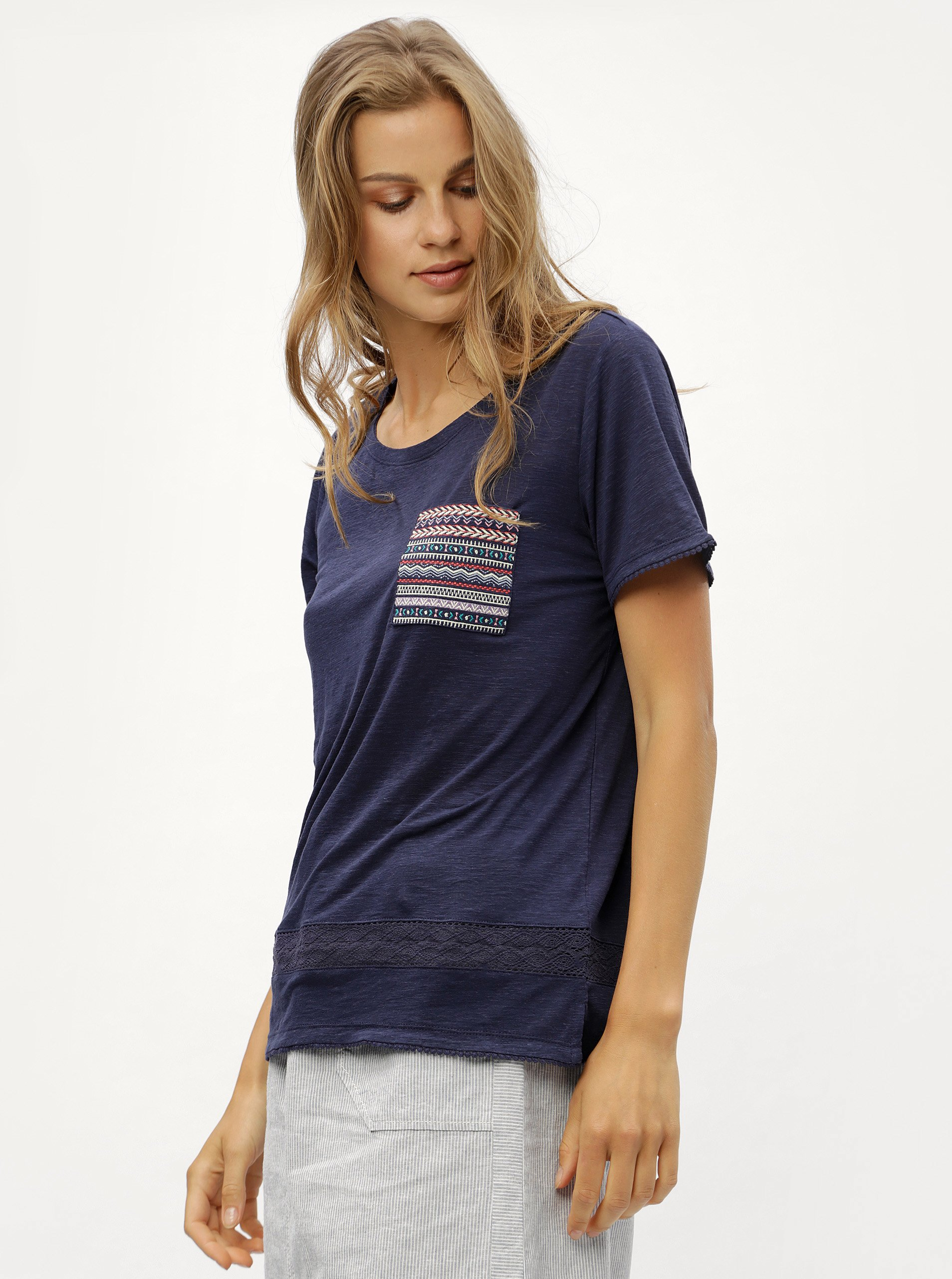 c8f76ec4c39a Modré dámske tričko s vreckom s.Oliver