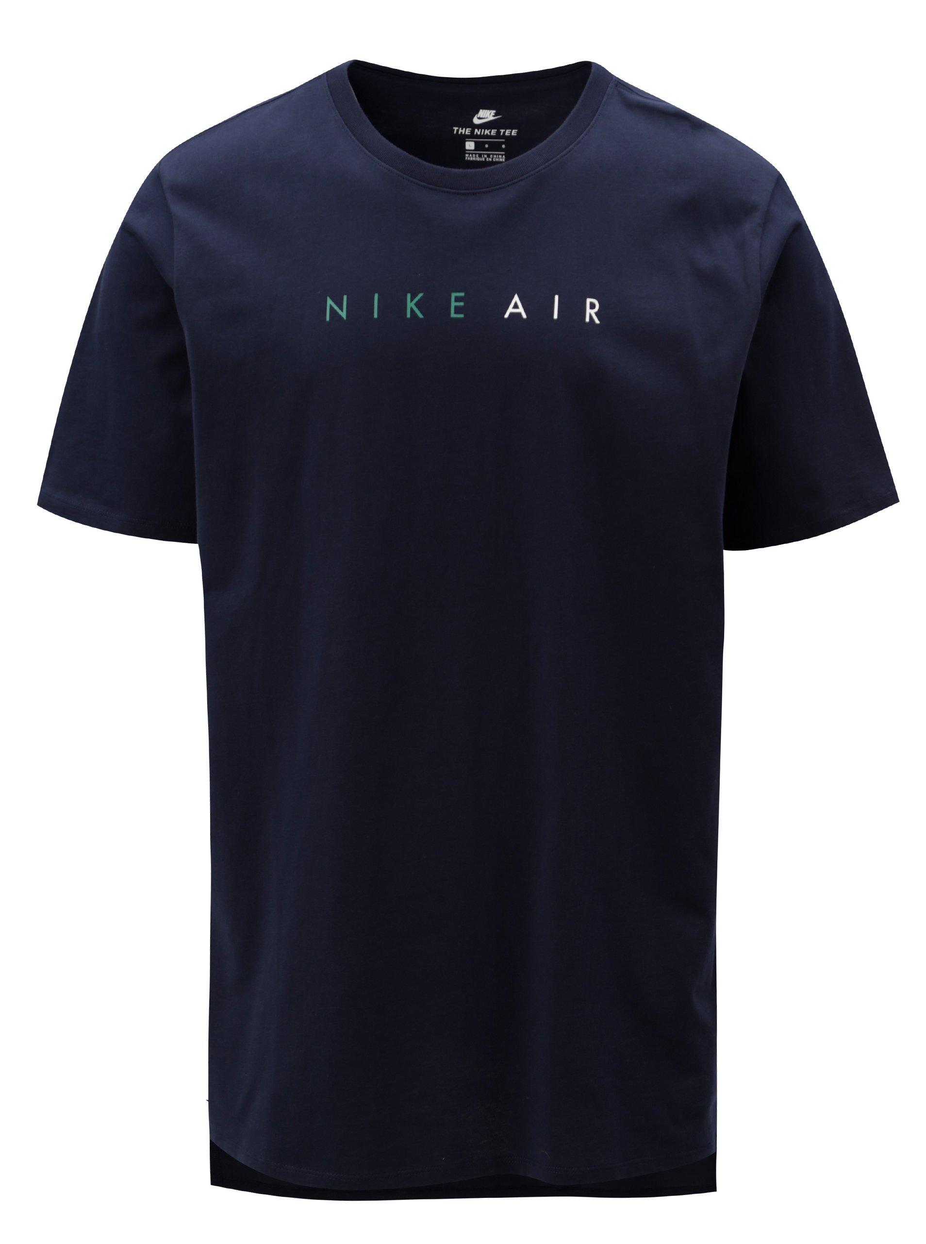 Fotografie Tmavě modré pánské tričko s krátkým rukávem a potiskem Nike