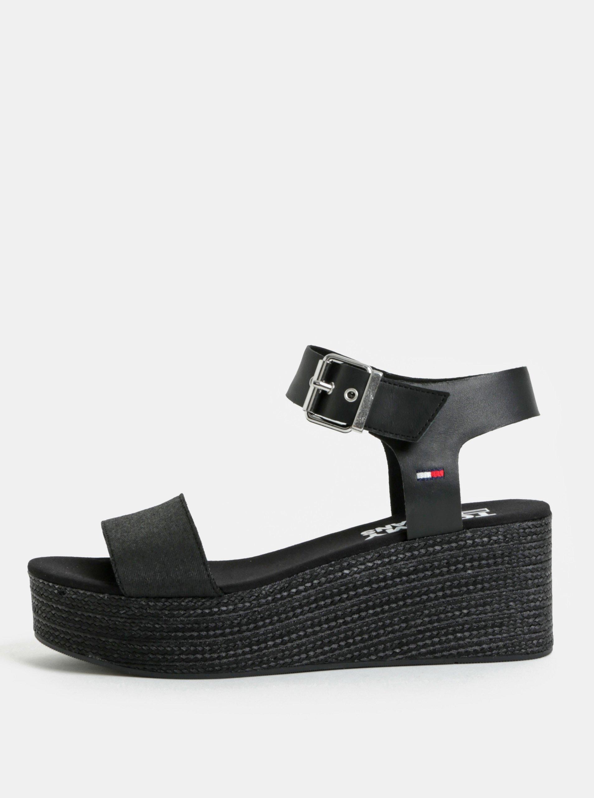 dc414f6f697d Čierne dámske sandále na klinovom podpätku Tommy Hilfiger