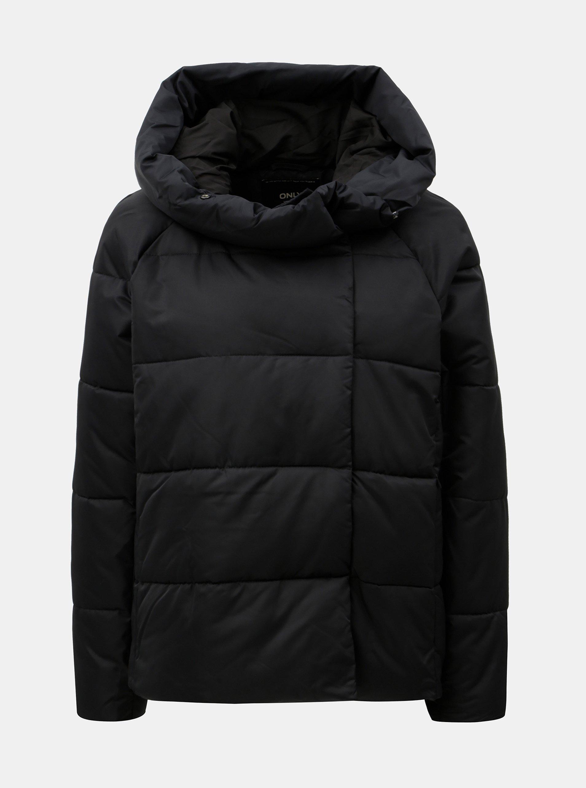 Čierna prešívaná zimná bunda s kapucňou ONLY June