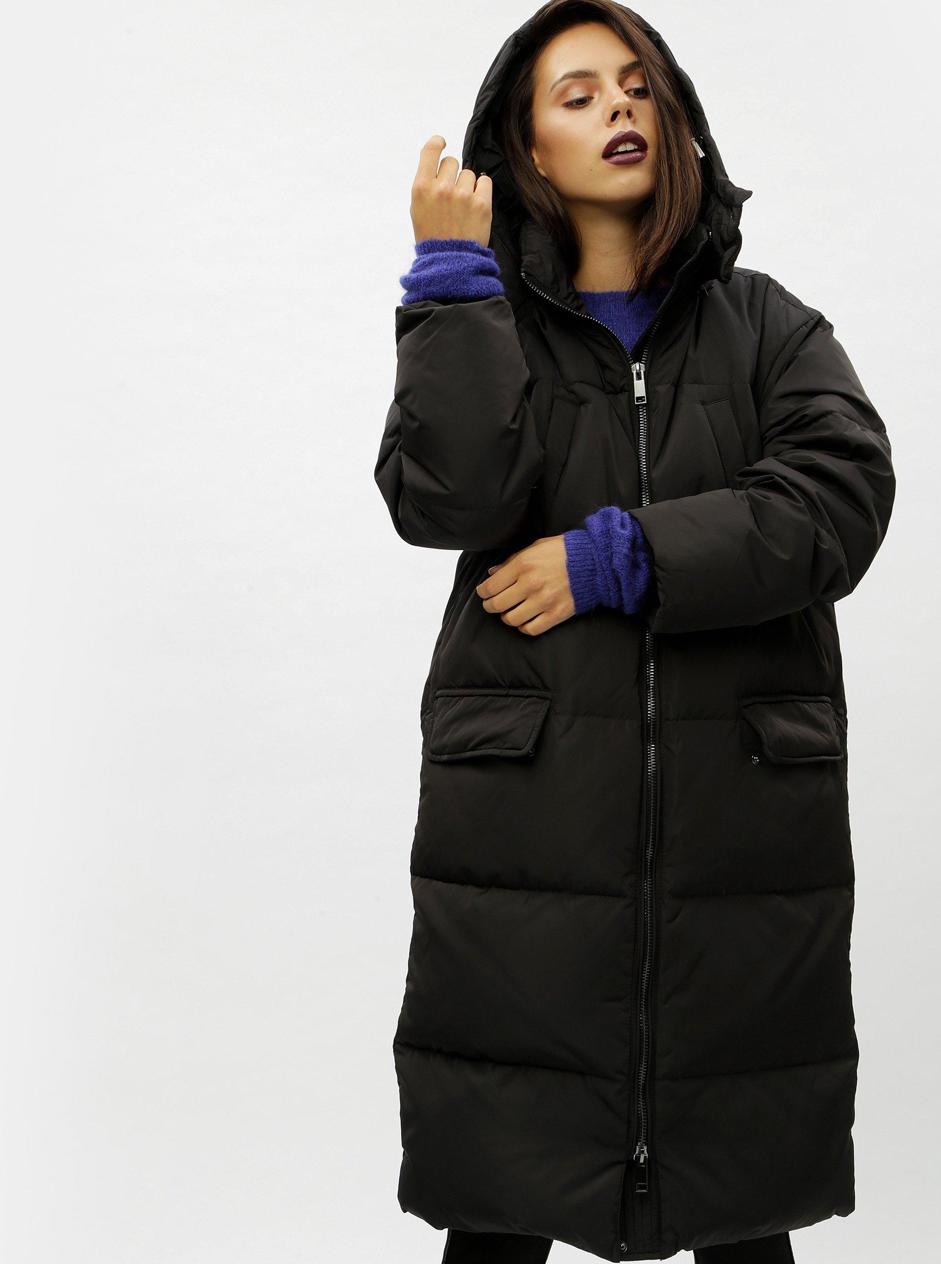 Černý péřový prošívaný kabát Moss Copenhagen Dafine