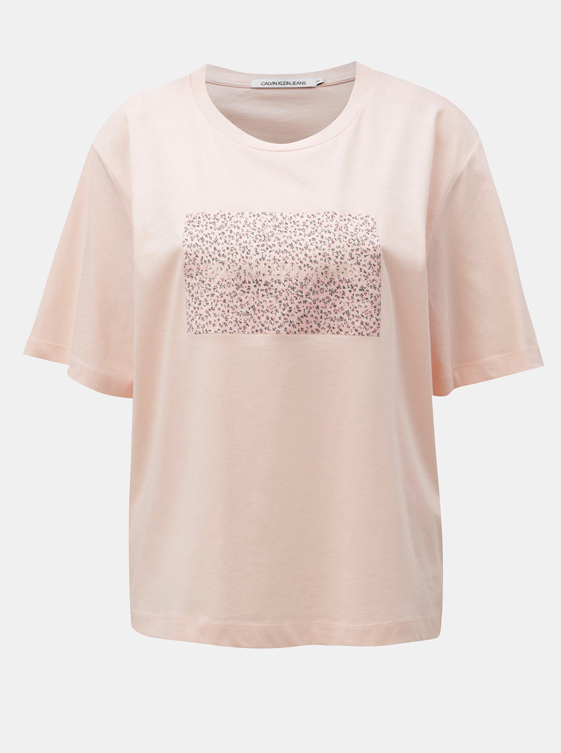 0526df6fc4d Růžové dámské volné tričko s potiskem Calvin Klein Jeans