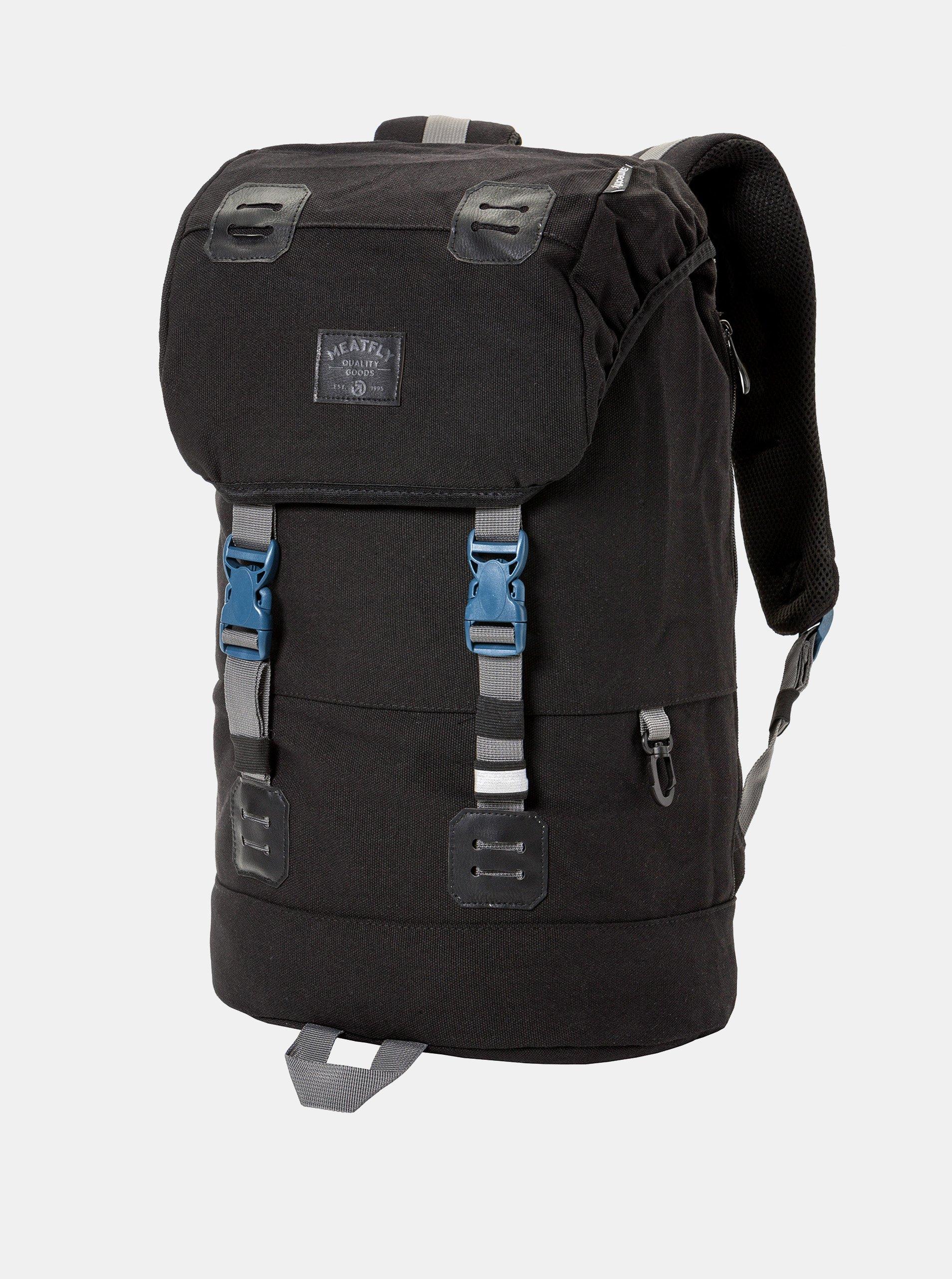 Fotografie Černý batoh a koženkovými detaily a pláštěnkou Meatfly 26 l
