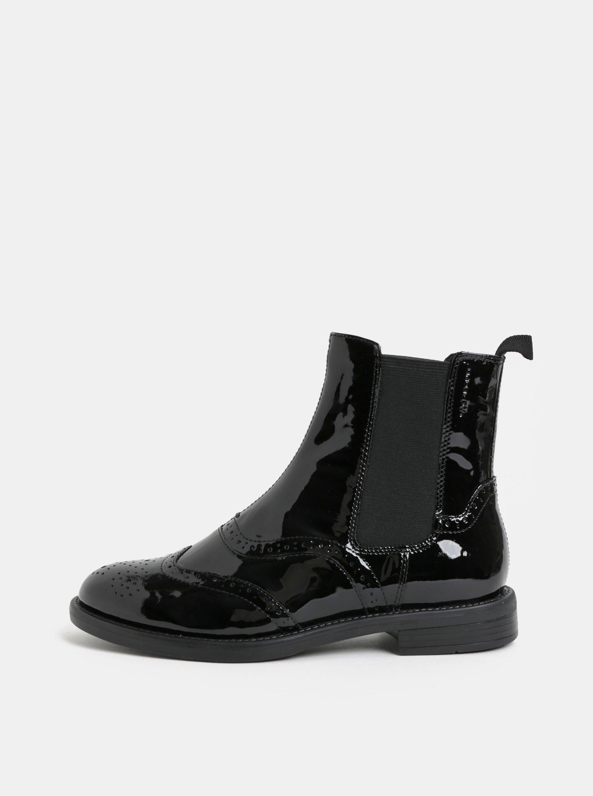 3bf44b52adb Černé dámské kožené chelsea boty s brogue zdobením Vagabond Amina