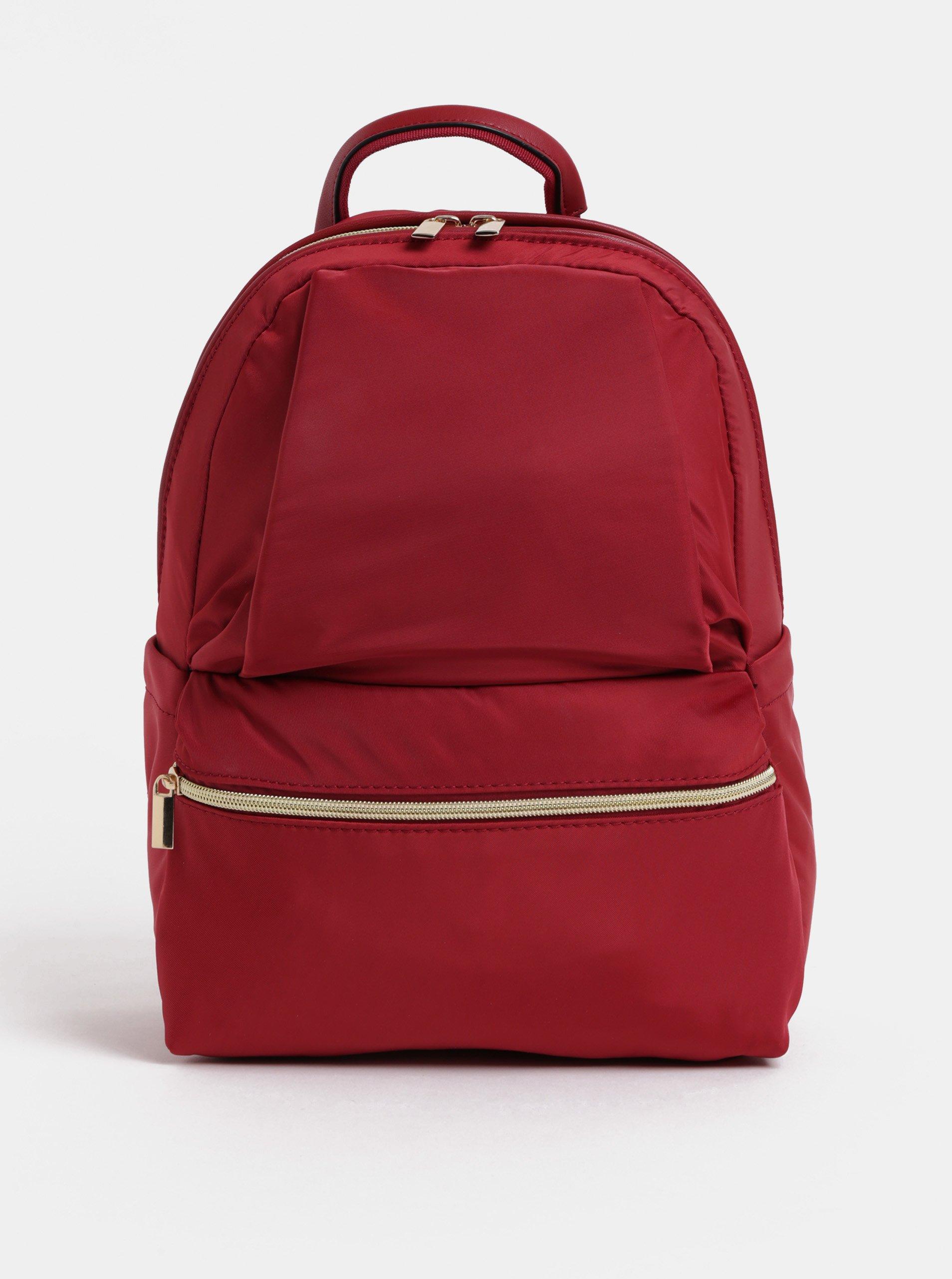 Červený batoh s detaily ve zlaté barvě ZOOT 1509483831