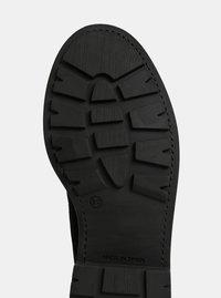 Černé semišové kotníkové boty OJJU - 1