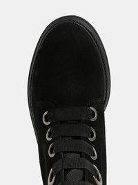 Černé semišové kotníkové boty OJJU - 4