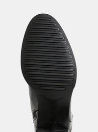 Černé kožené kozačky na širokém podpatku OJJU - 1