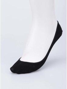 Șosete negre pentru balerini, Pieces
