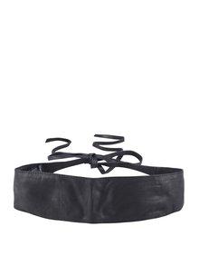 Černý kožený pásek Pieces Vibs