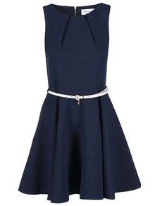 Tmavomodré šaty s opaskom Closet