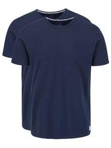 Sada dvou pánských slim fit trik v tmavě modré barvě s kulatým výstřihem pod košili Calvin Klein
