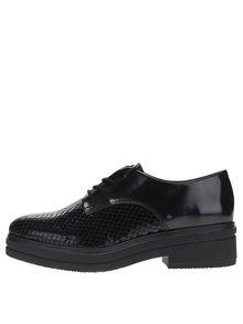 Pantofi negri cu platformă Tamaris