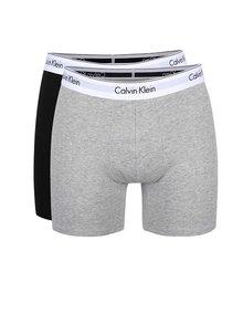 Sada dvou delších boxerek v černé a šedé barvě Calvin Klein